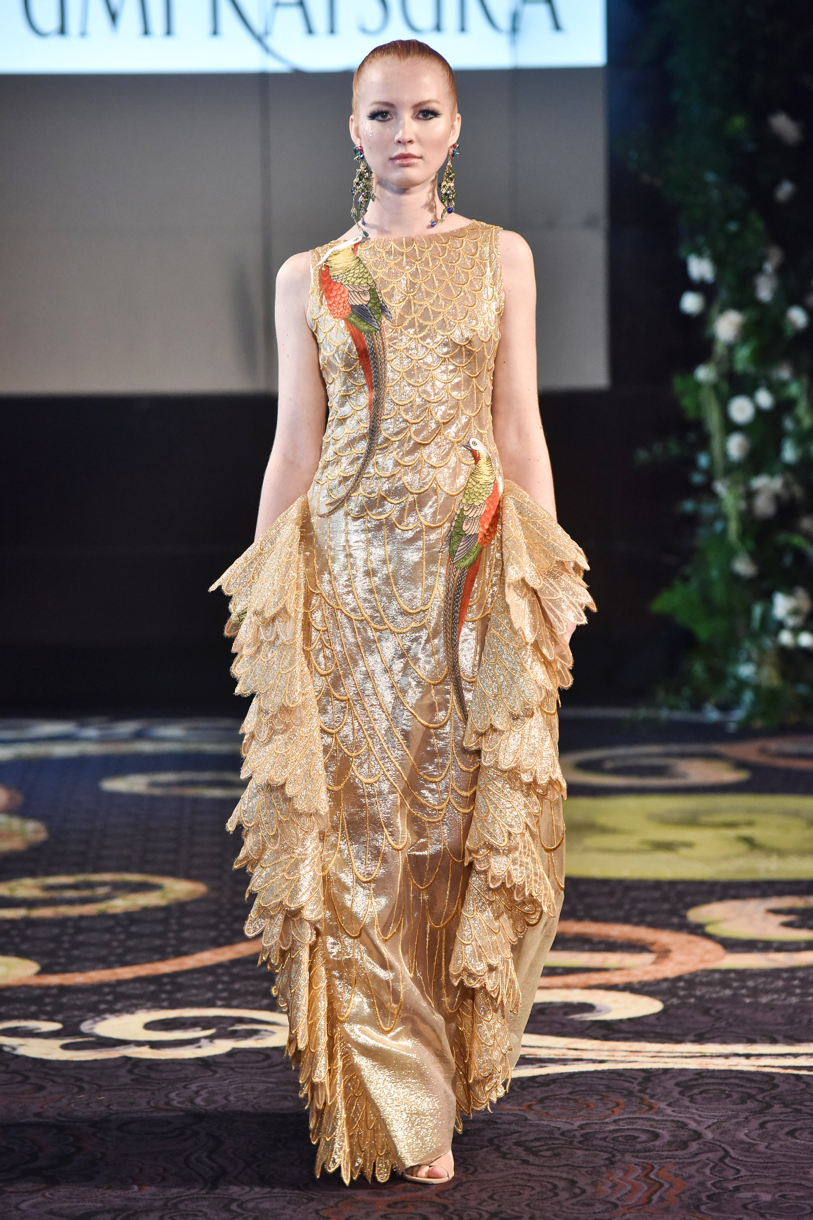 yumi katsura gold high neck wedding dress fall 2018