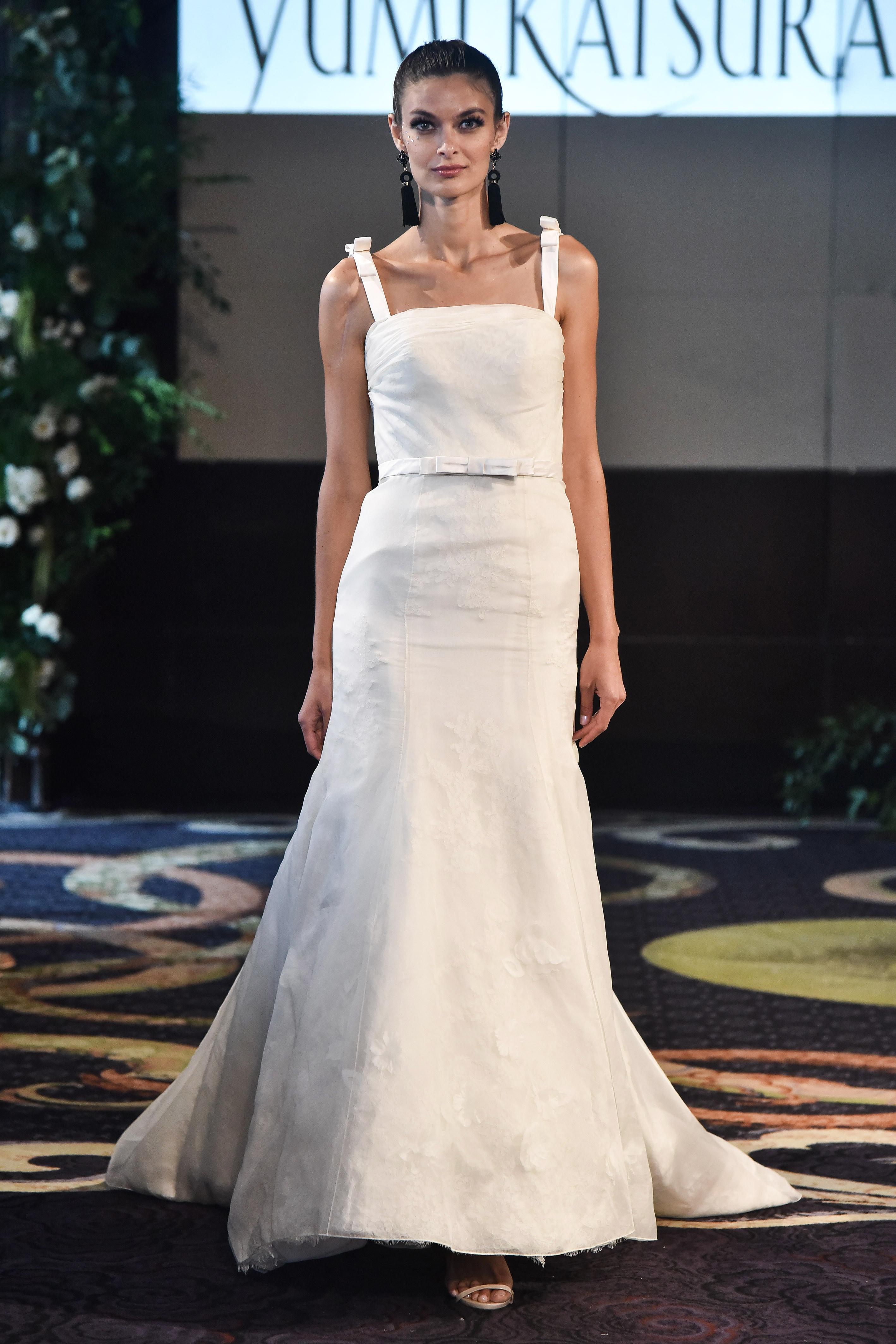 yumi katsura fall 2018 belted bow detail wedding dress