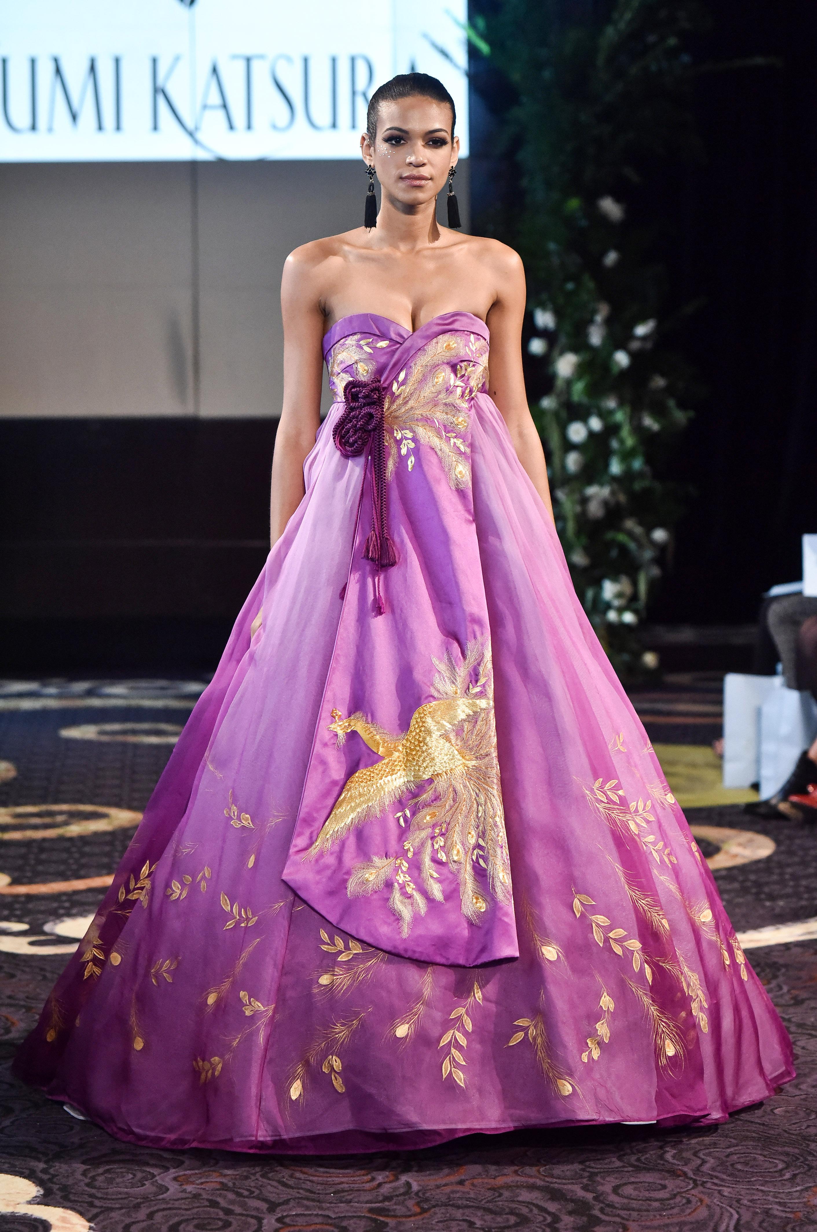 yumi katsura strapless fuschia wedding dress fall 2018