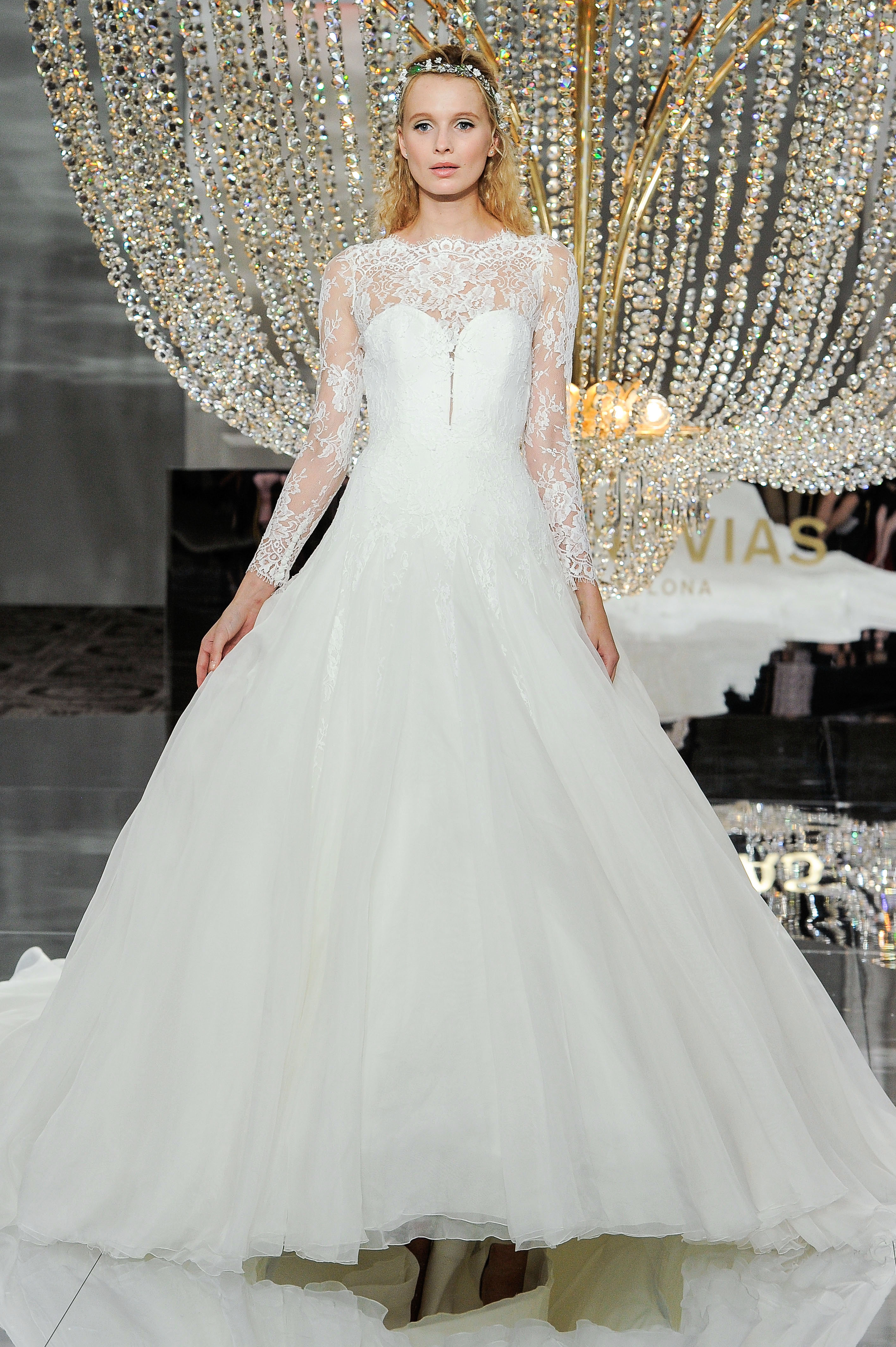 pronovias wedding dress fall 2018 long sleeves lace illusion sweetheart ball gown