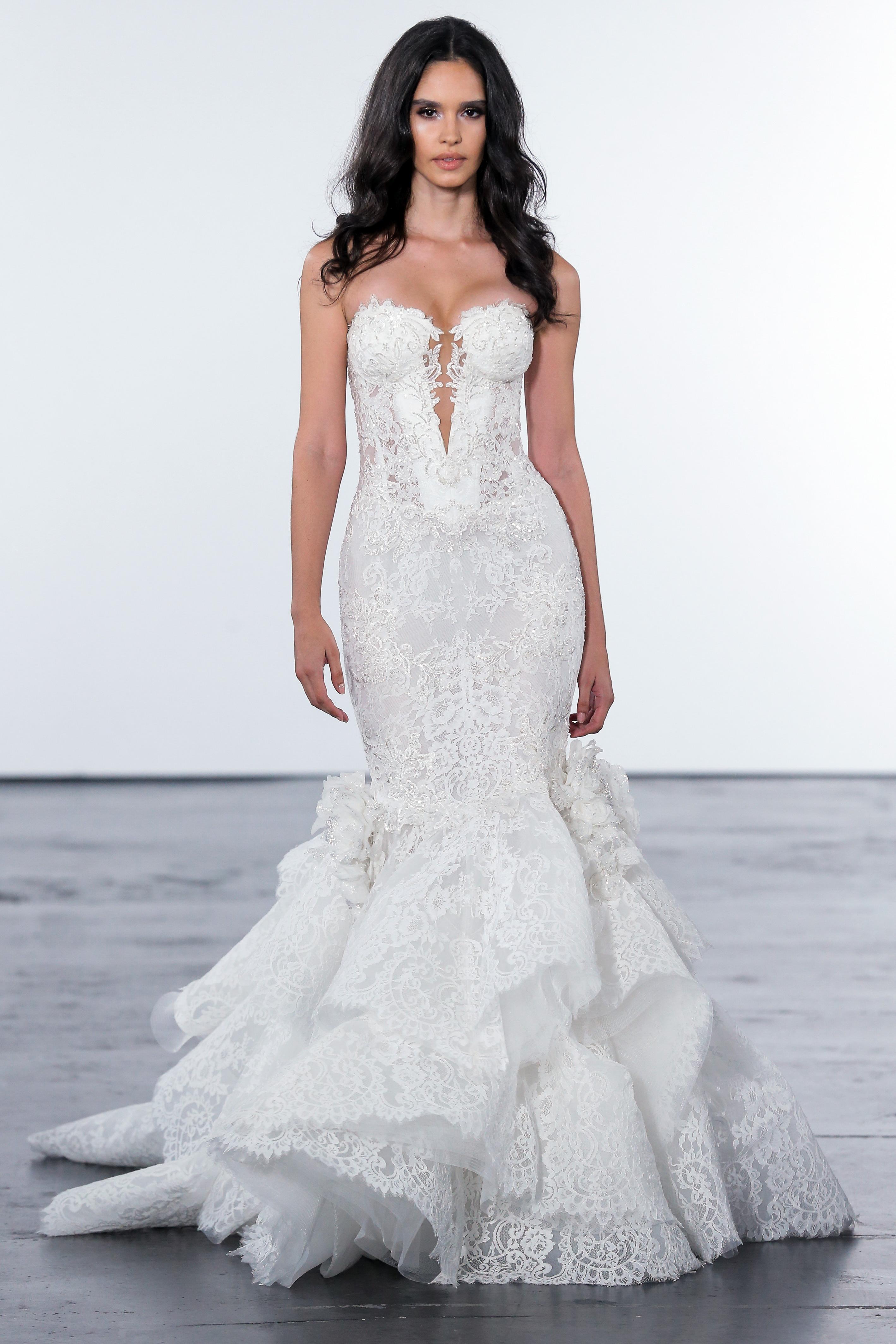 pnina tornai fall 2018 lace detail wedding dress