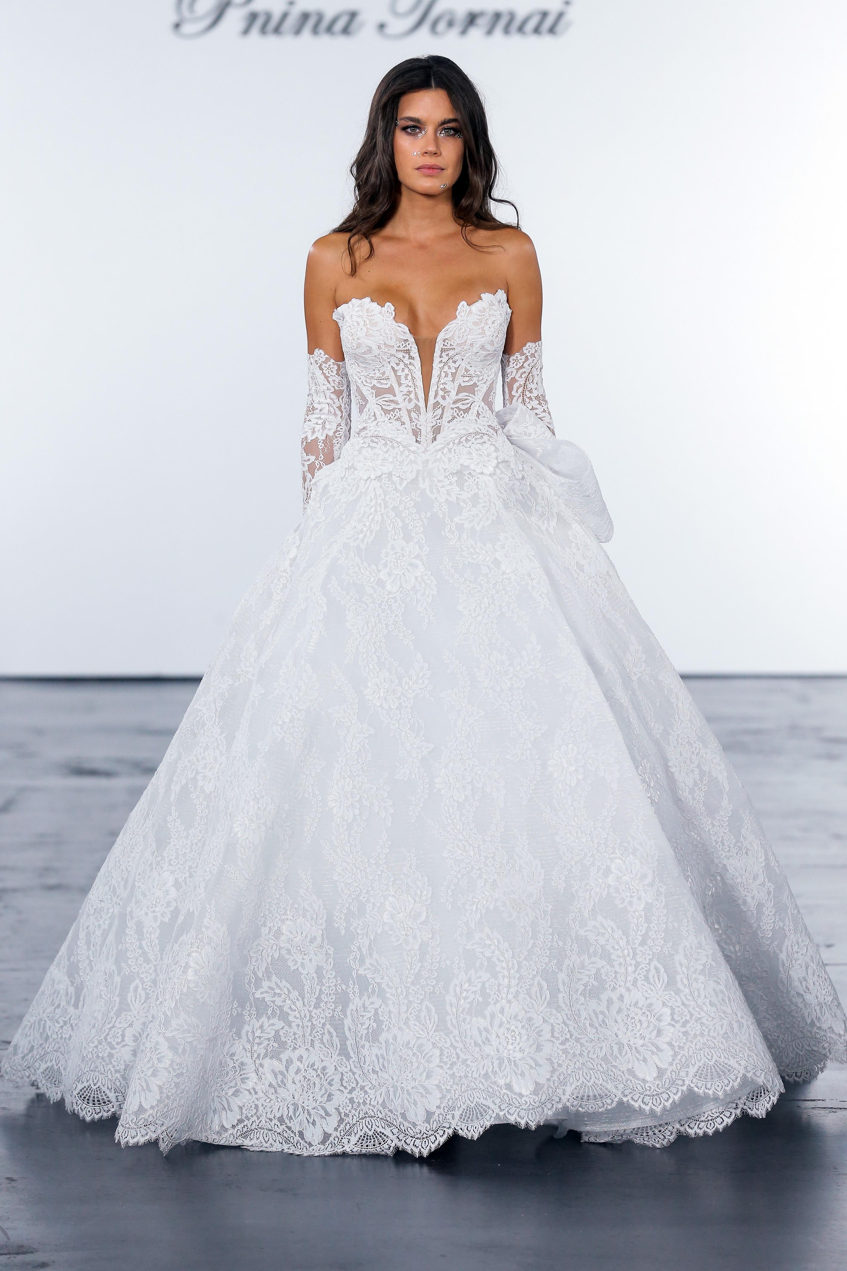 pnina tornai fall 2018 lace wedding ballgown