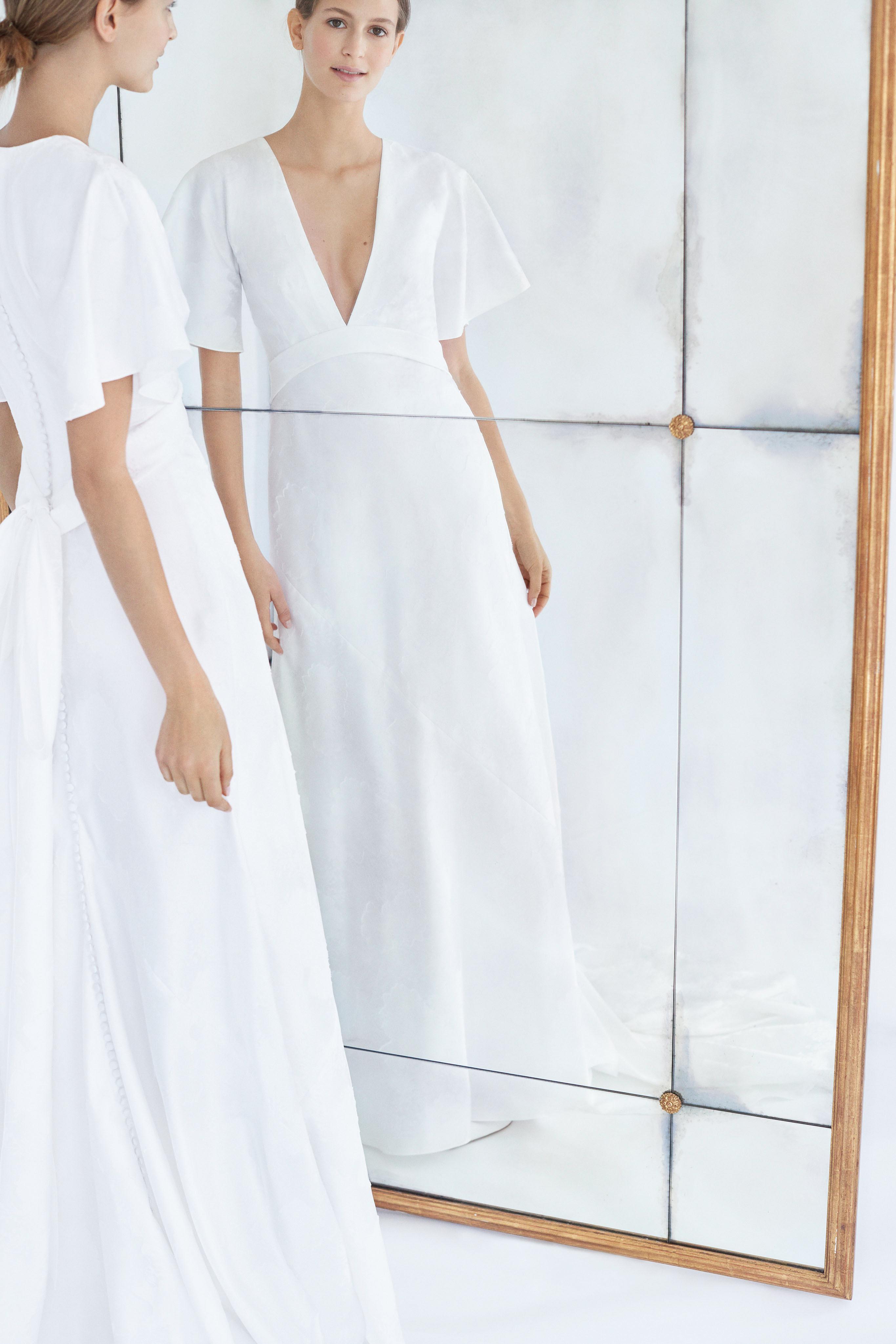 carolina herrera wedding dress fall 2018 v-neck short sleeve