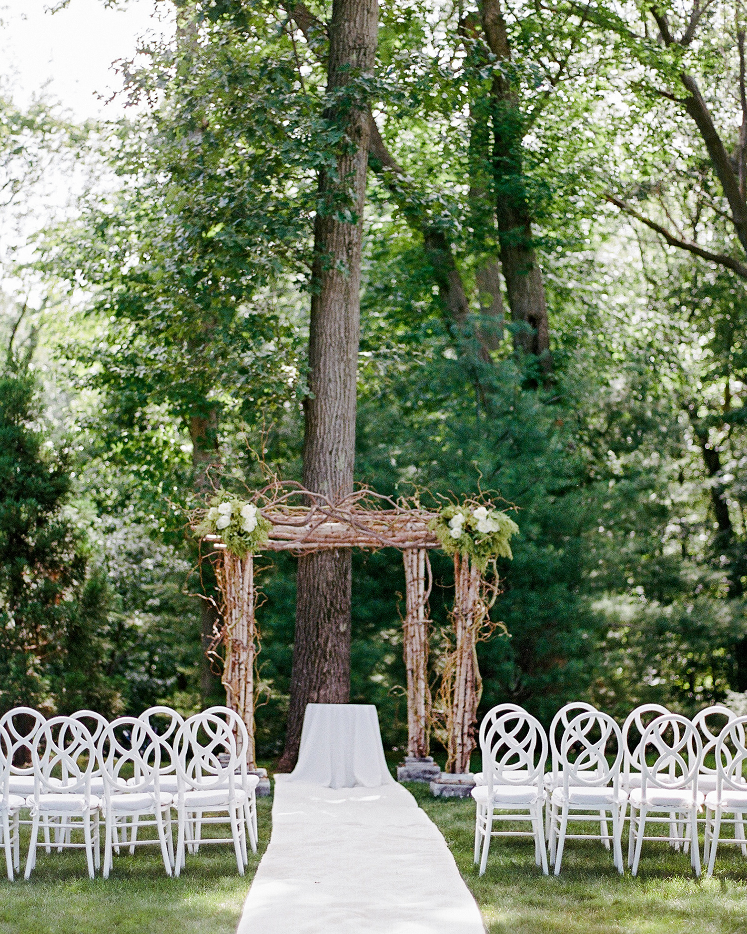 melissa michael outdoor wedding ceremony site
