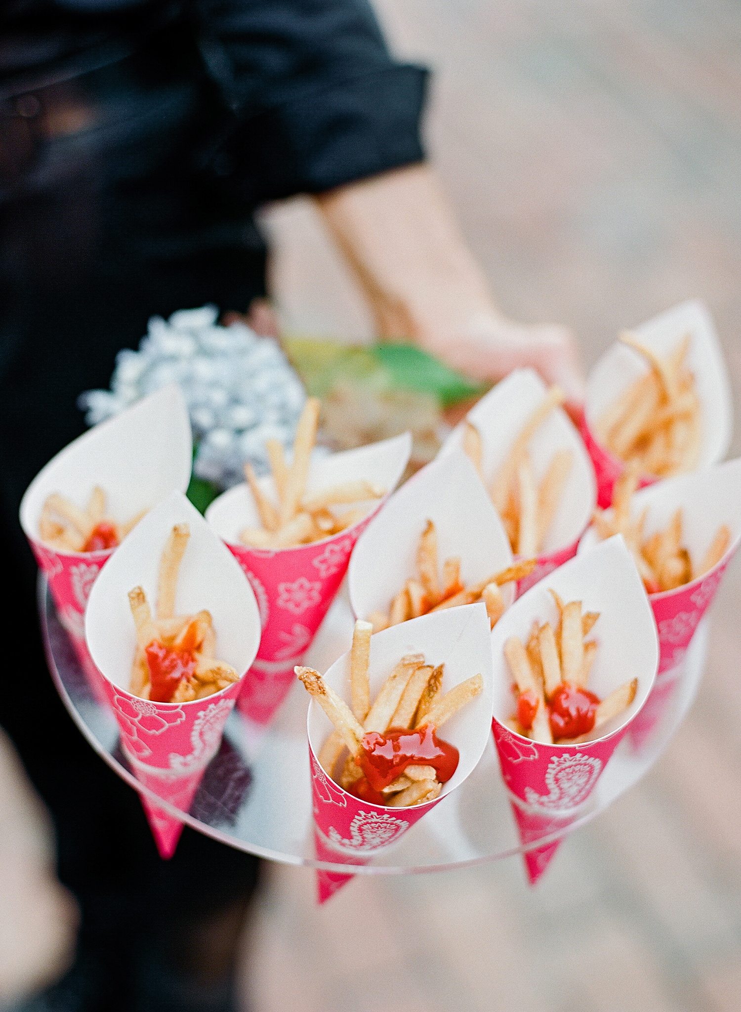 melissa michae french fries in paper cones