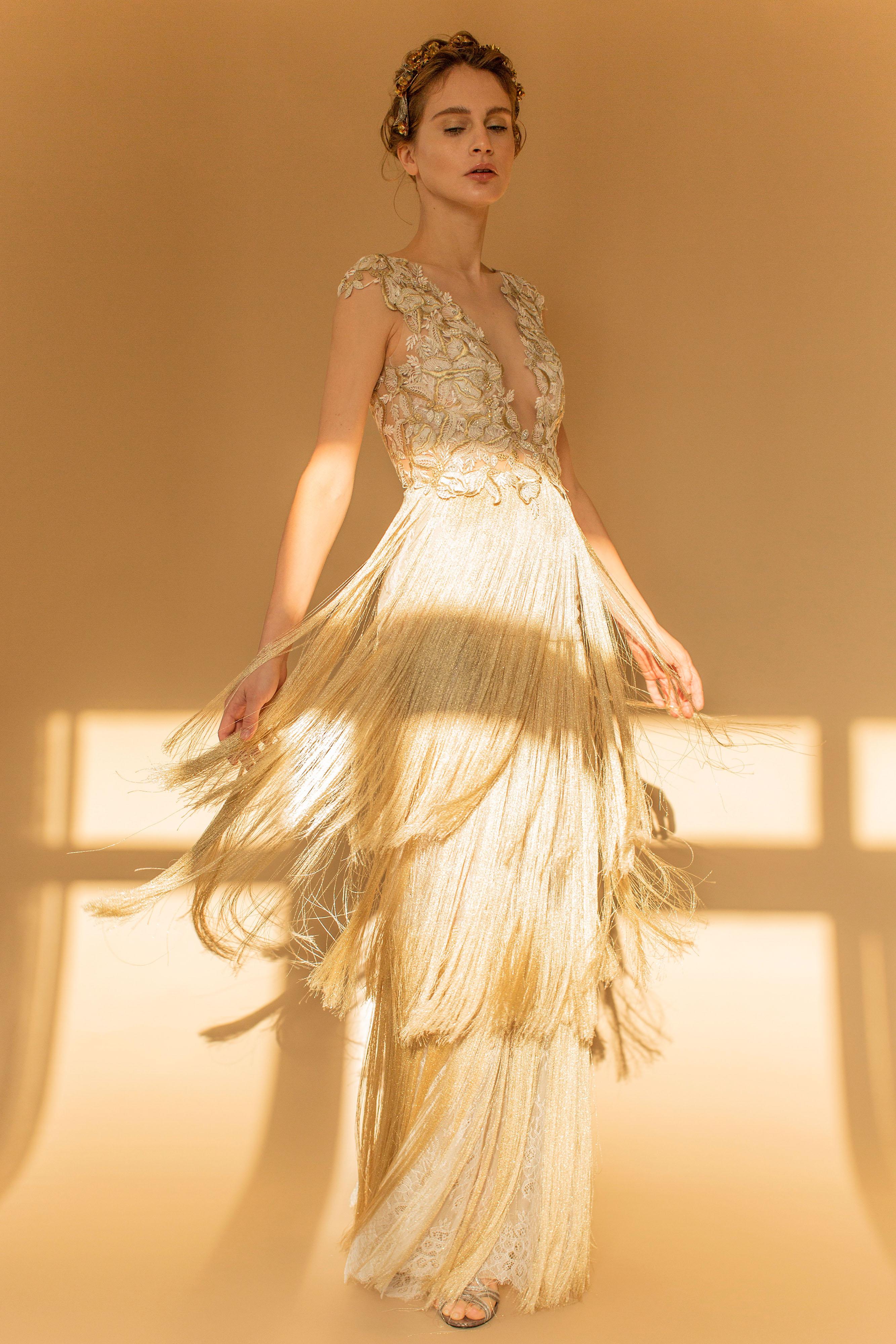 francesca miranda wedding dress fall 2018 v-neck gold fringe