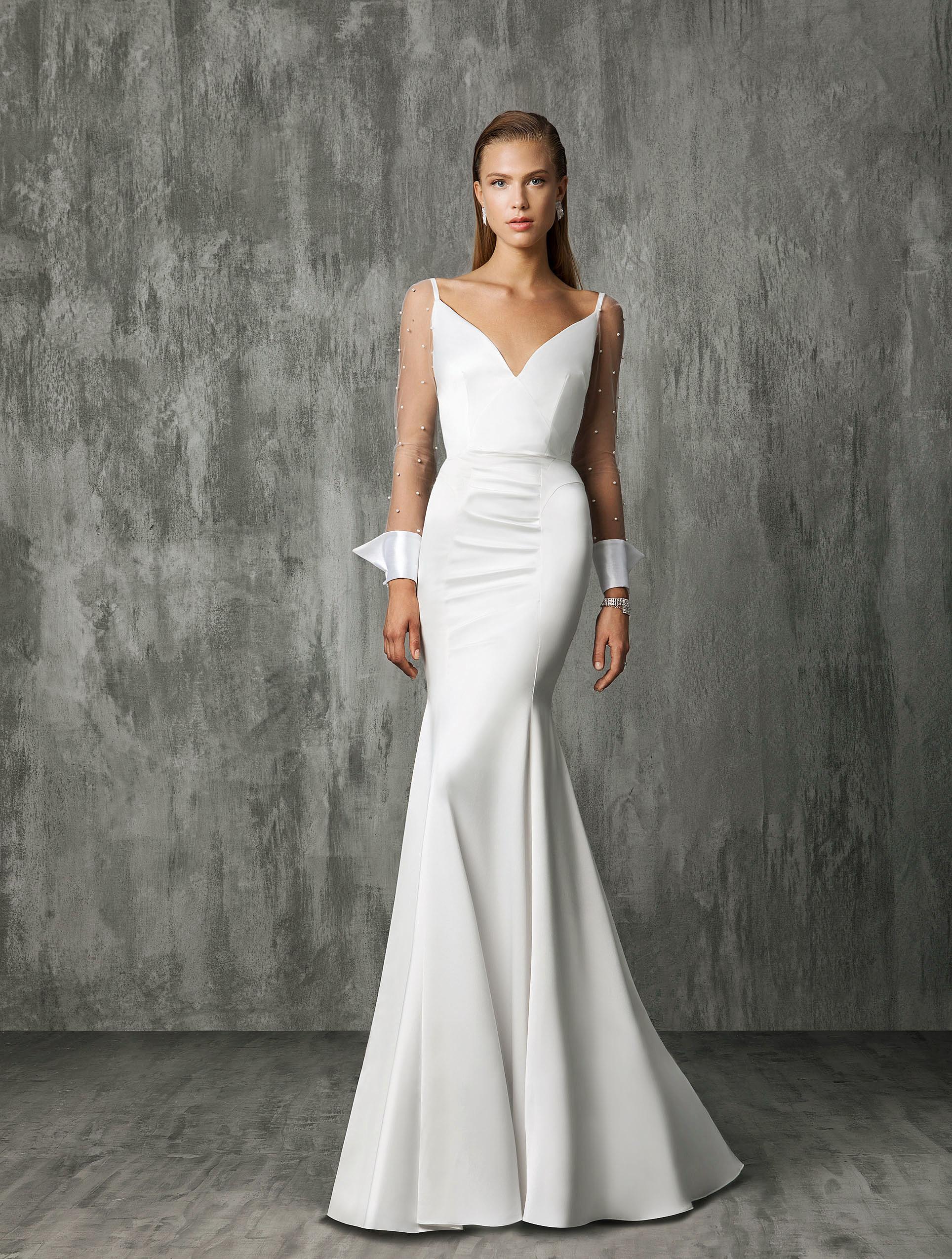 Victoria Kyriakides Mermaid Wedding Dress Fall 2018
