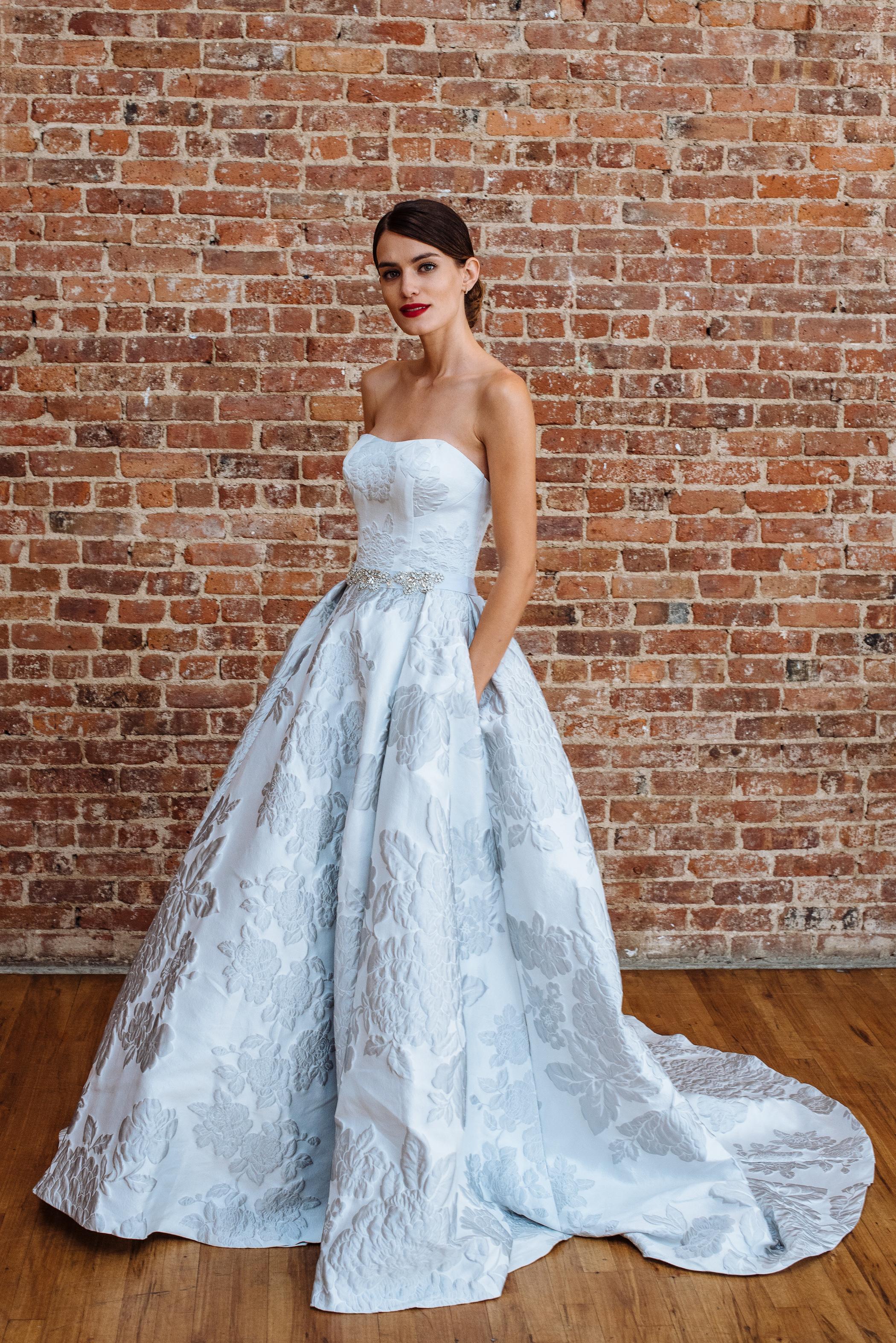 oleg cassini fall 2018 wedding dress