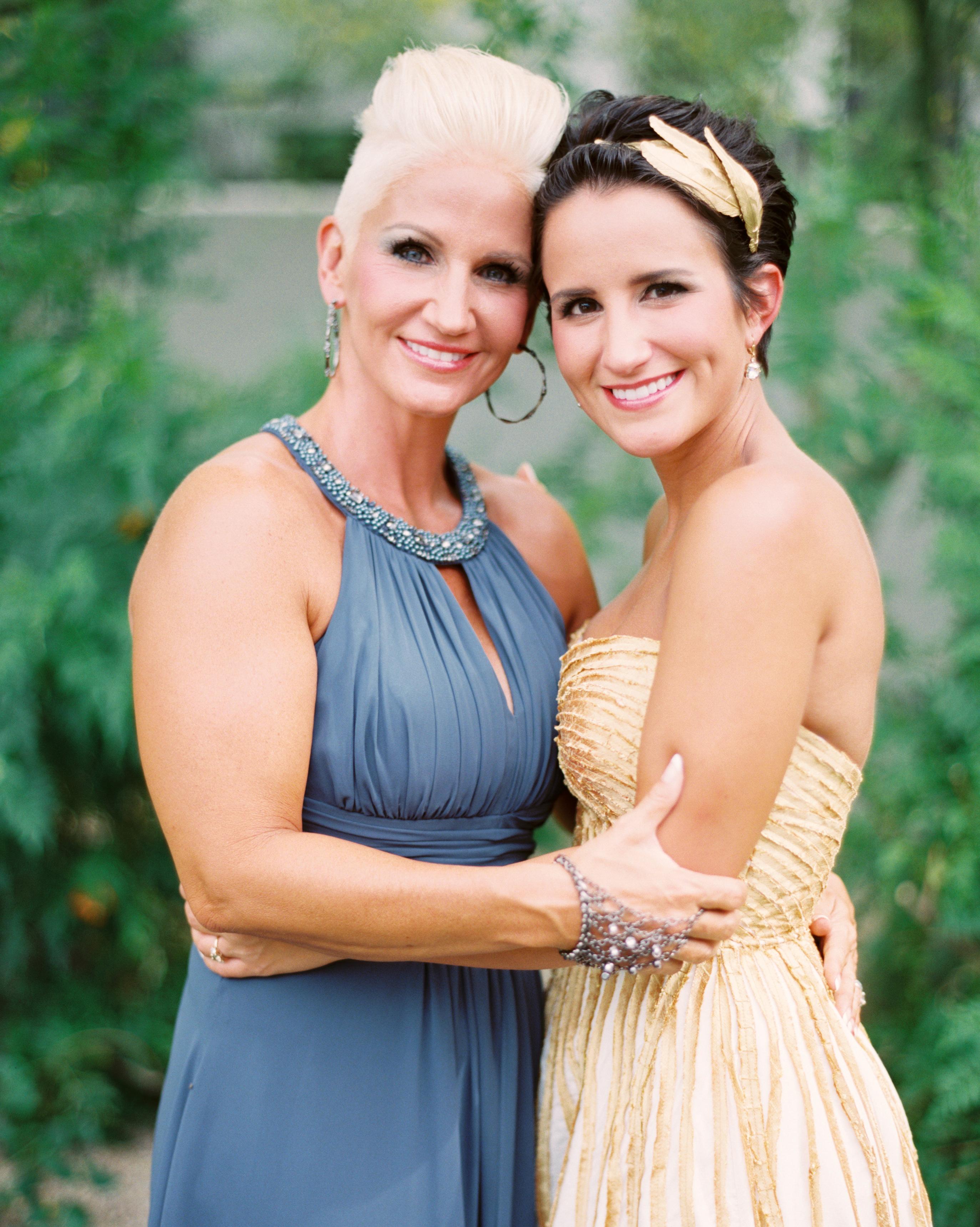 jessejo-daniel-wedding-mom-140-s112302-1015.jpg