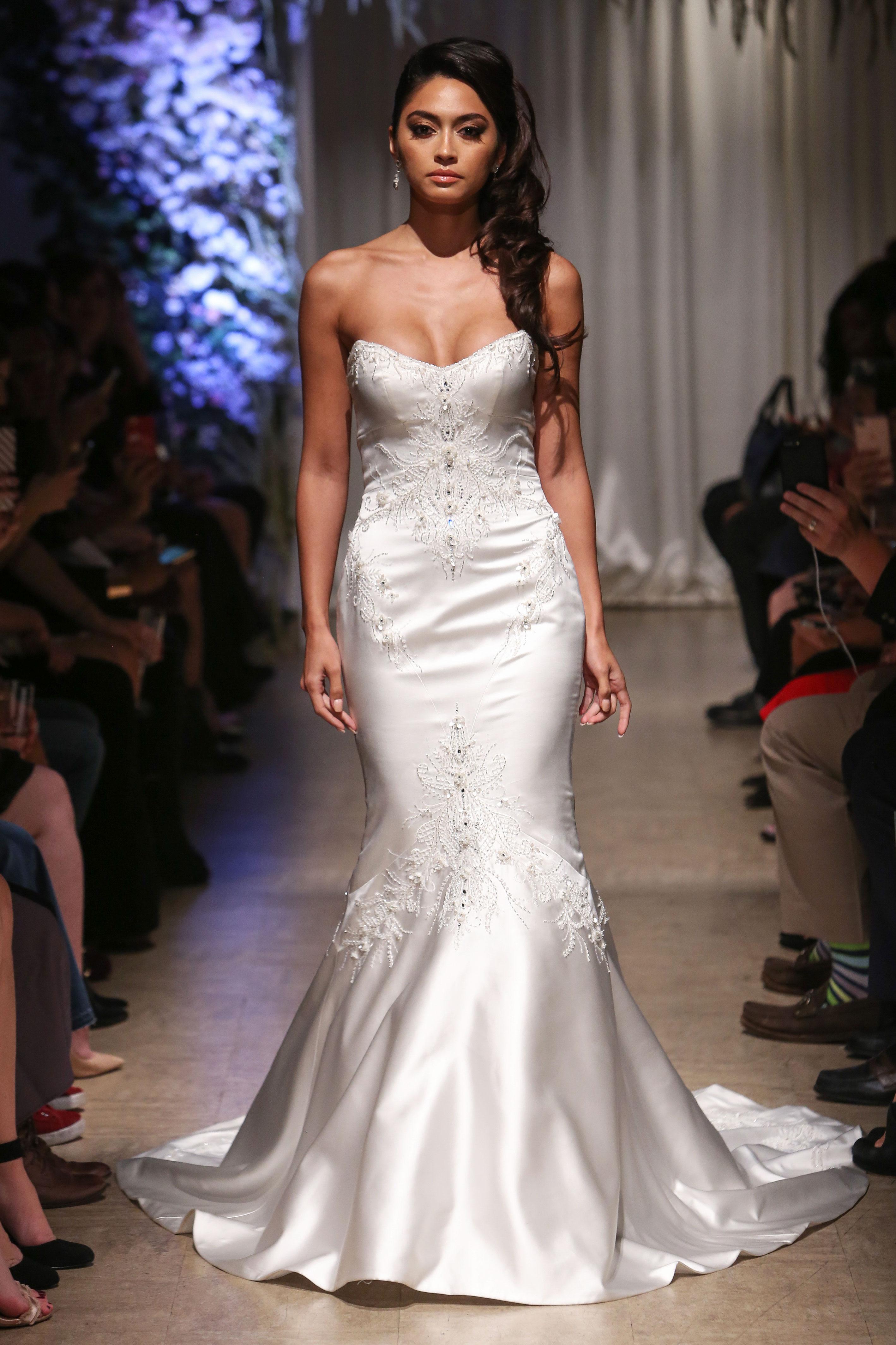 matthew christopher 2018 sweetheart trumpet wedding dress