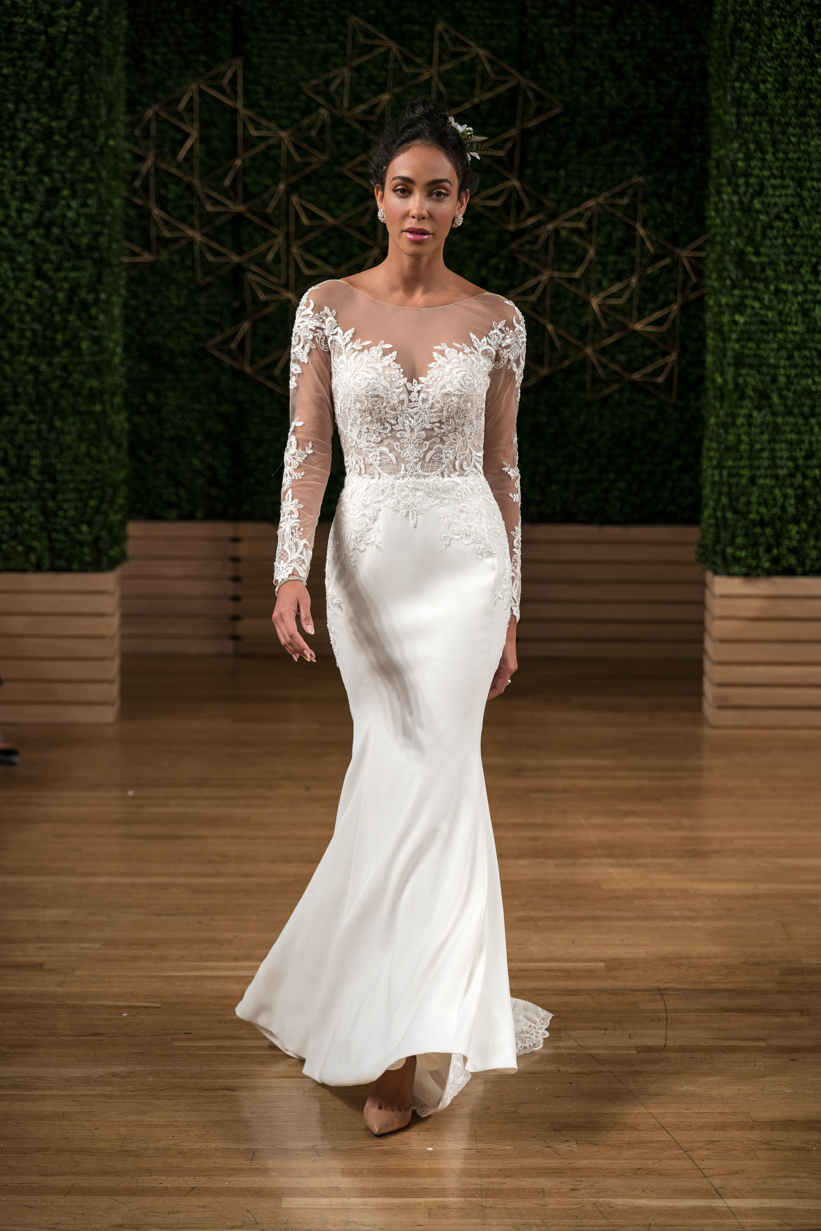 maggie sottero wedding dress fall 2018 long sleeves illusion trumpet