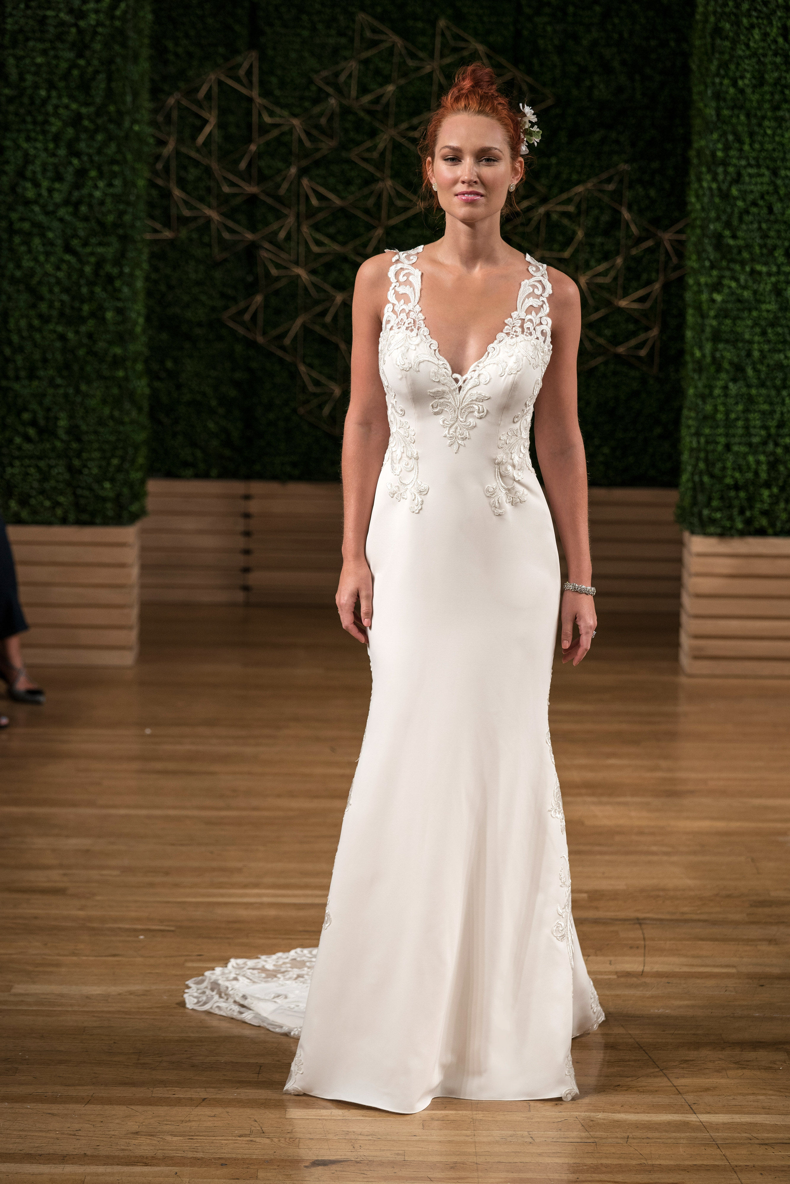 maggie sottero wedding dress fall 2018 sleeveless v neck sheath