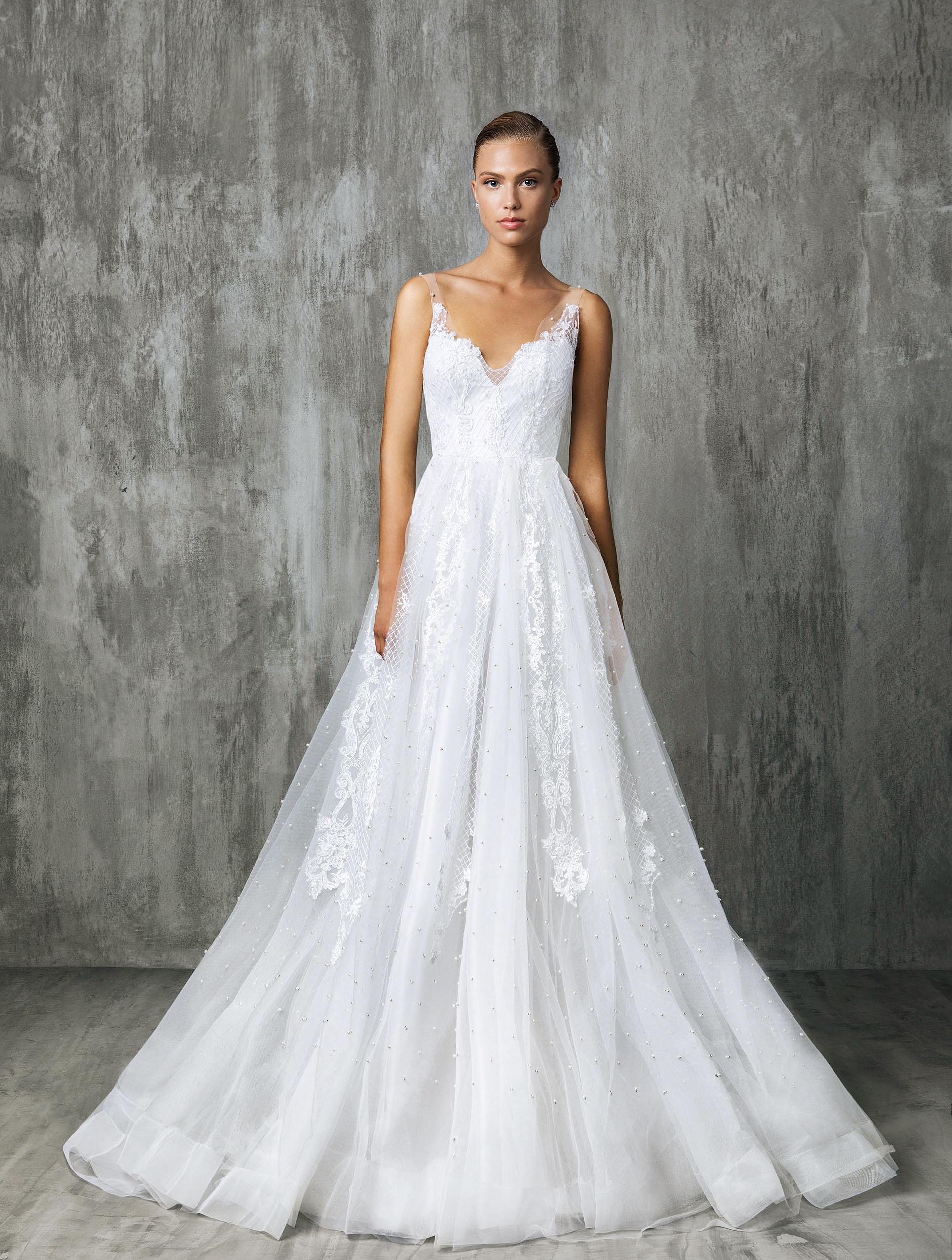 Victoria Kyriakides Sweetheart Wedding Dress Fall 2018