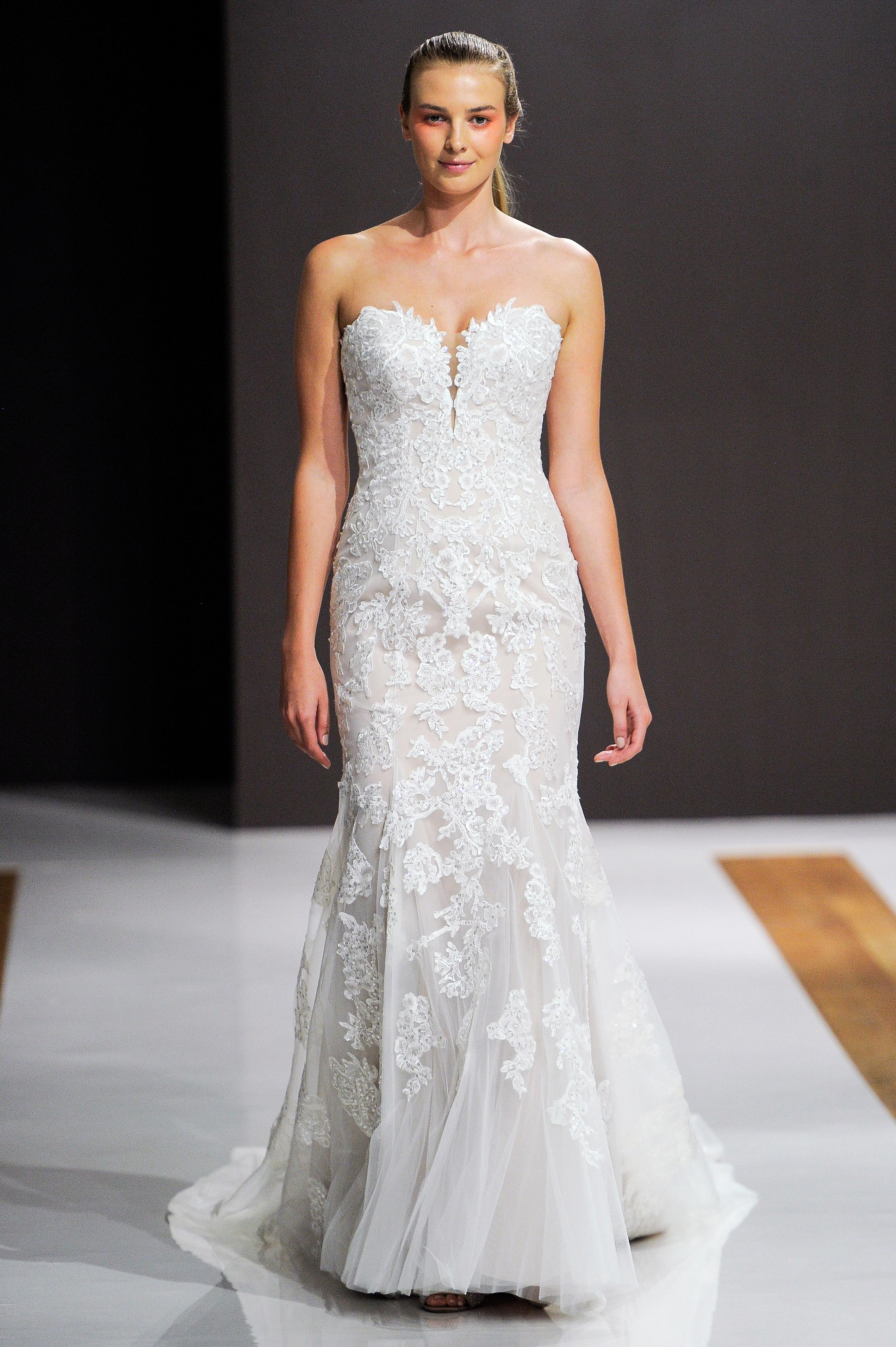 mark zunino wedding dress fall 2018 lace sweetheart trumpet