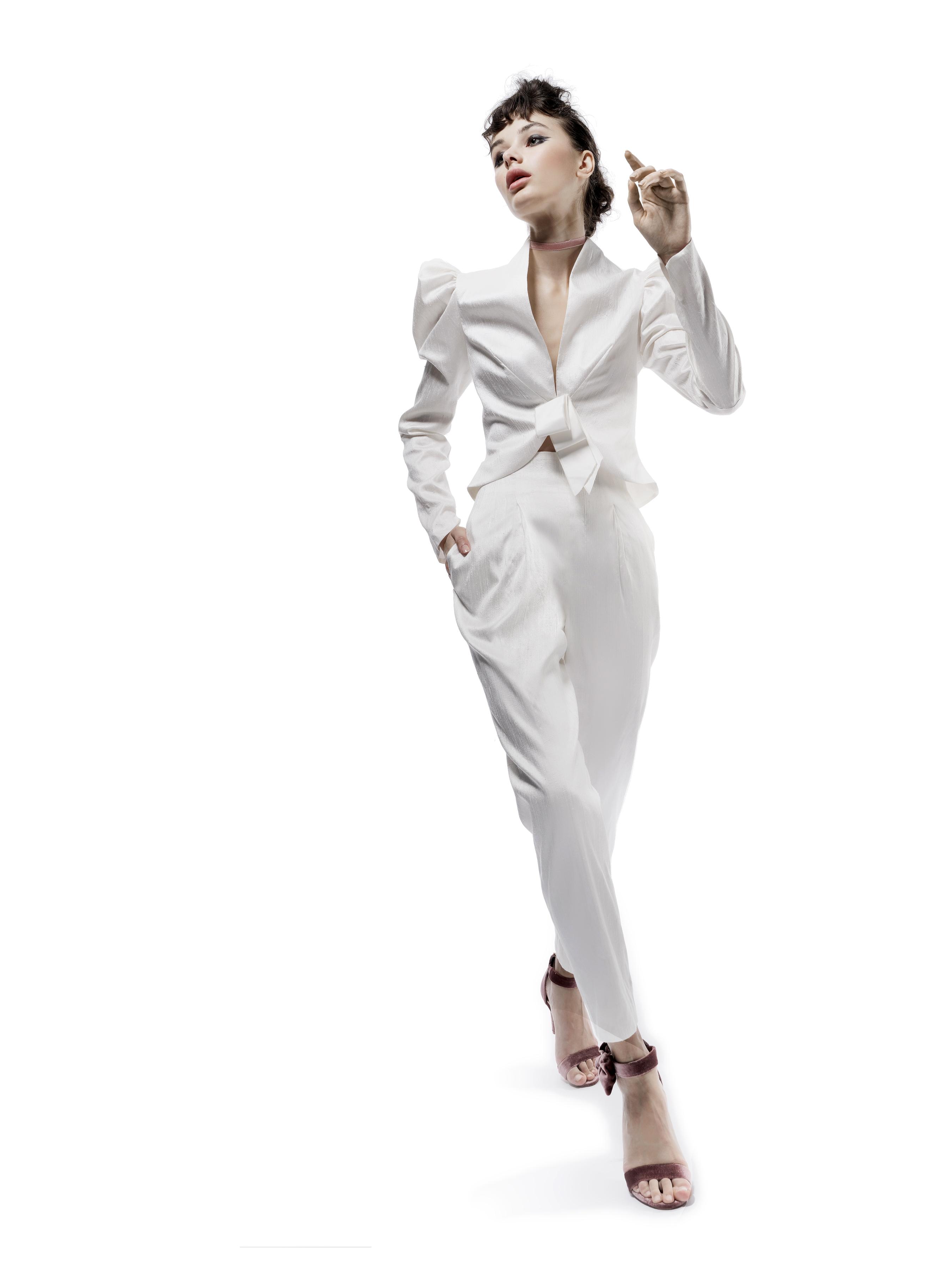 elizabeth fillmore wedding dress fall 2018 pant suit jacket v neck