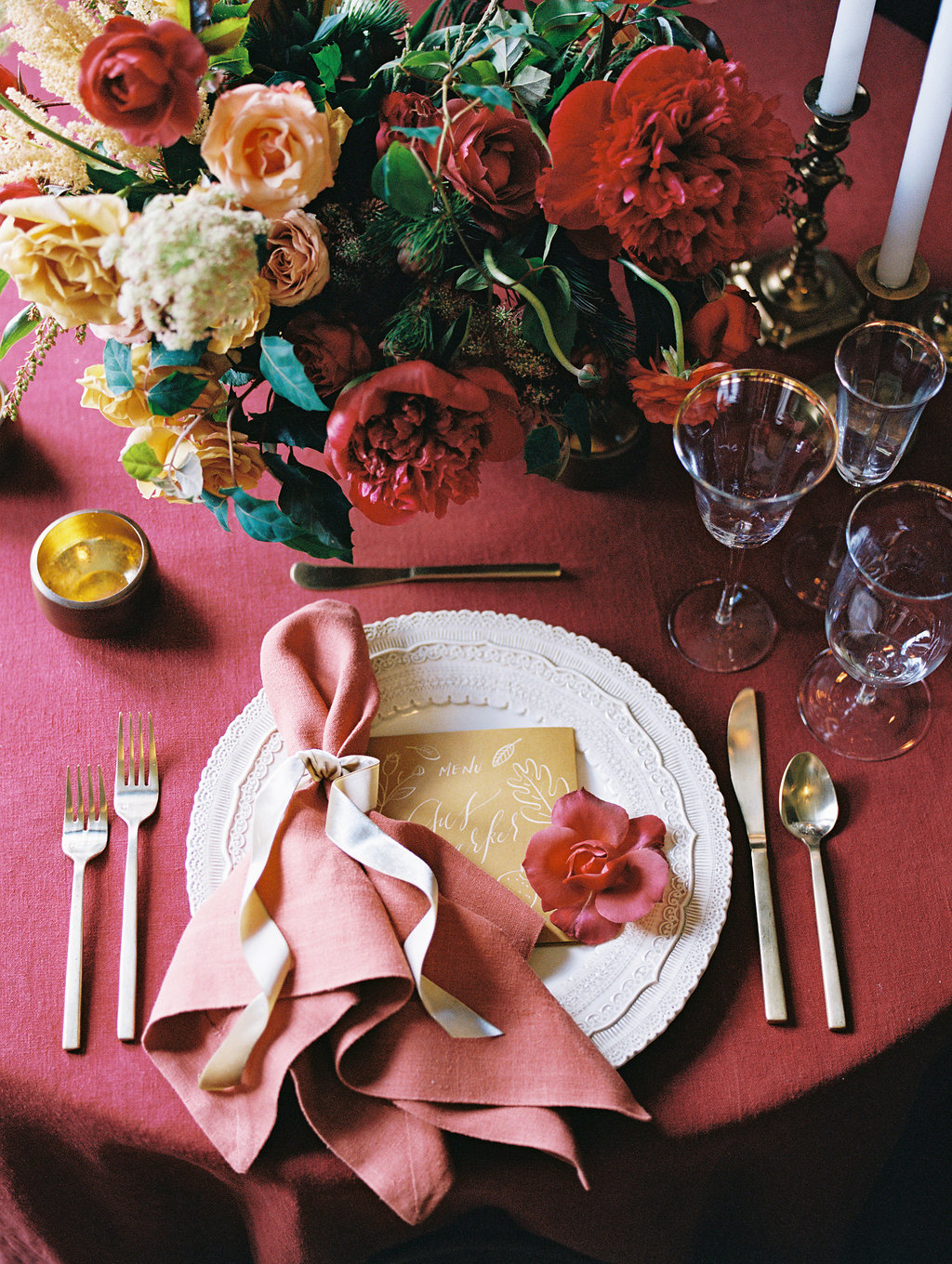 the nouveau romantics thanksgiving table