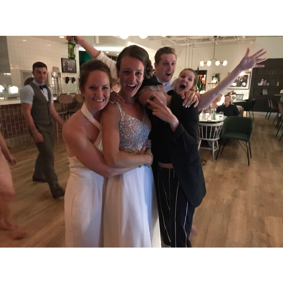 Kristen Stewart crashing a couples wedding in Canada