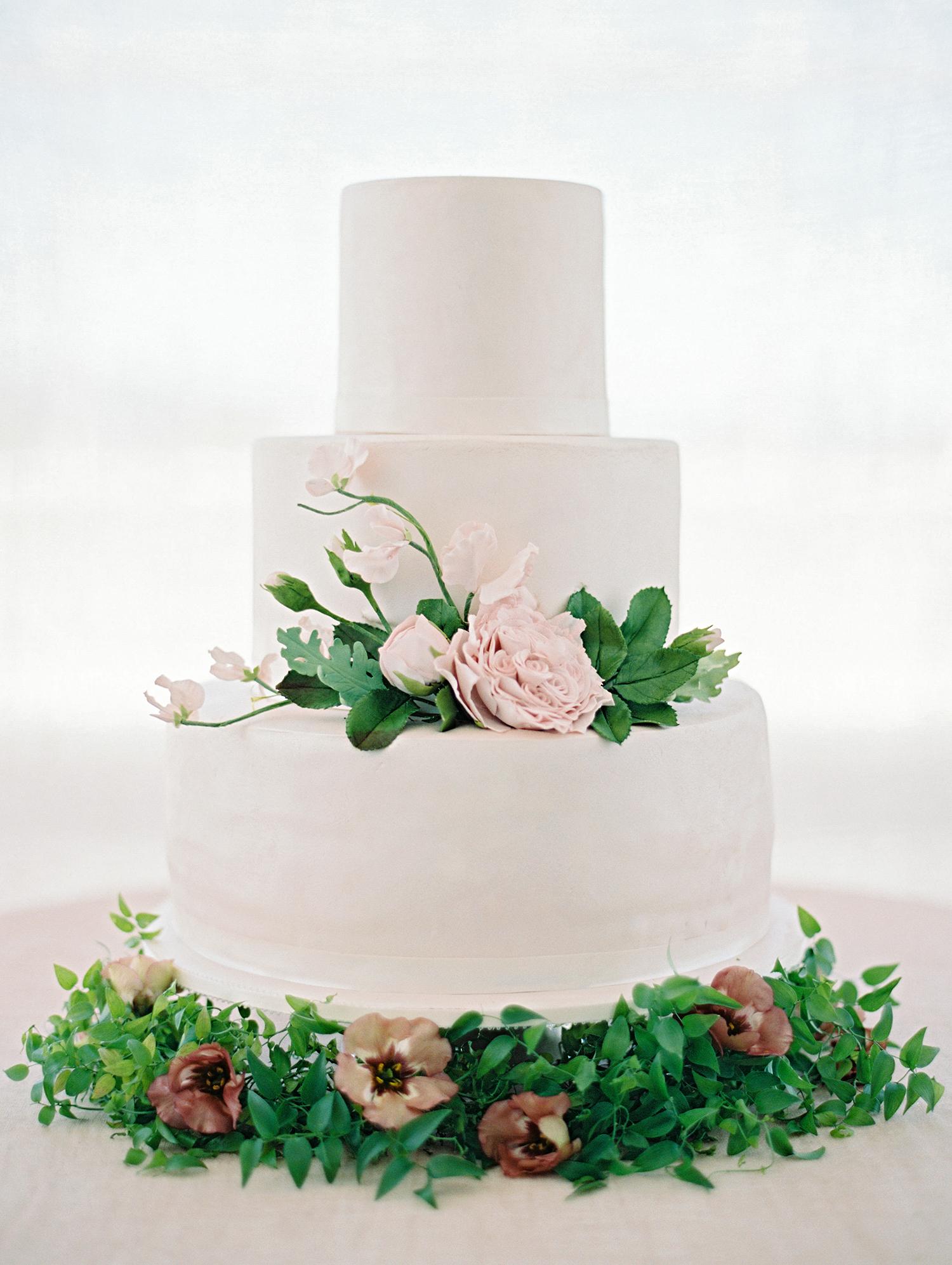 amanda alex wedding cake