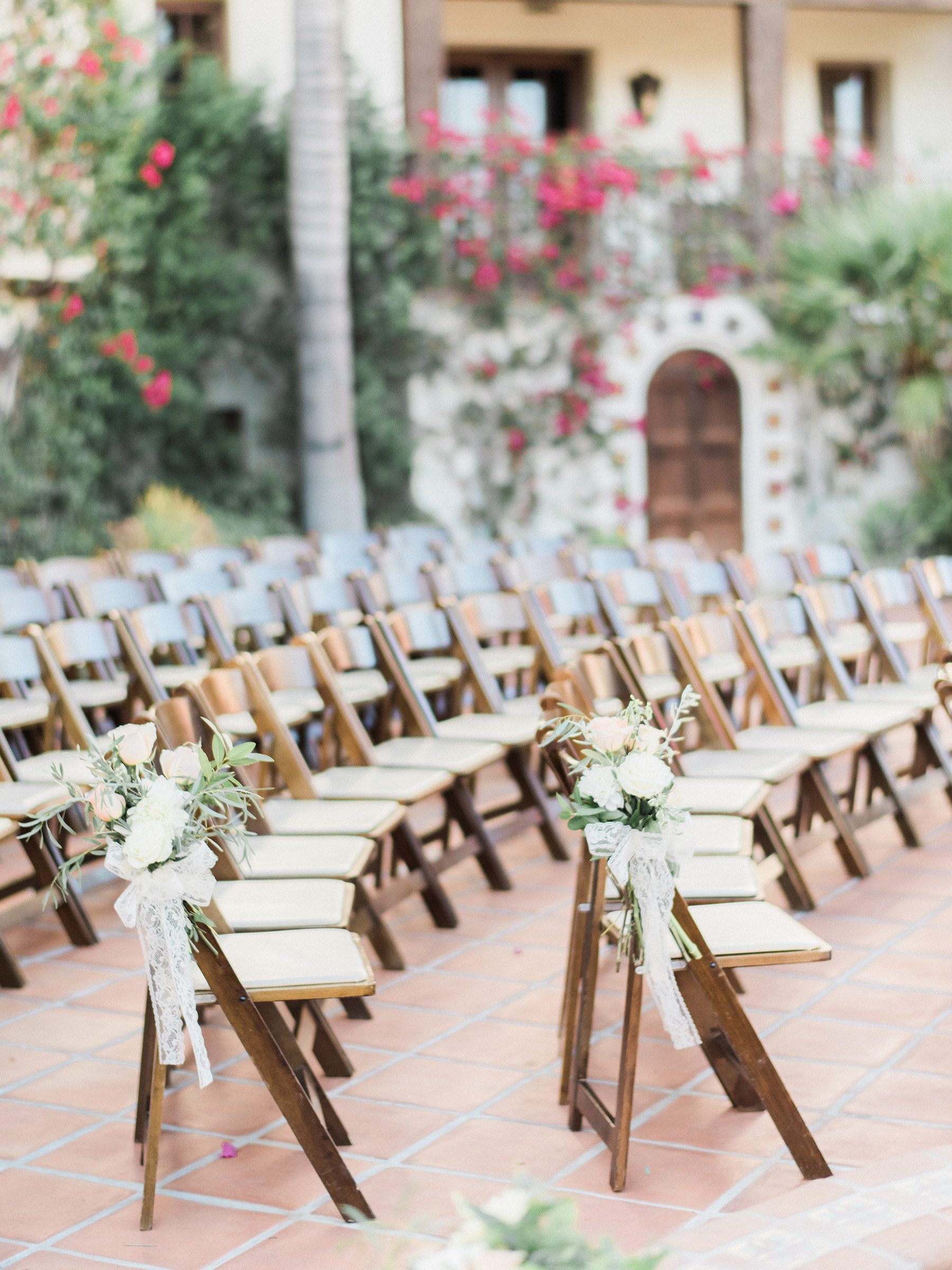 rounded ceremony seating