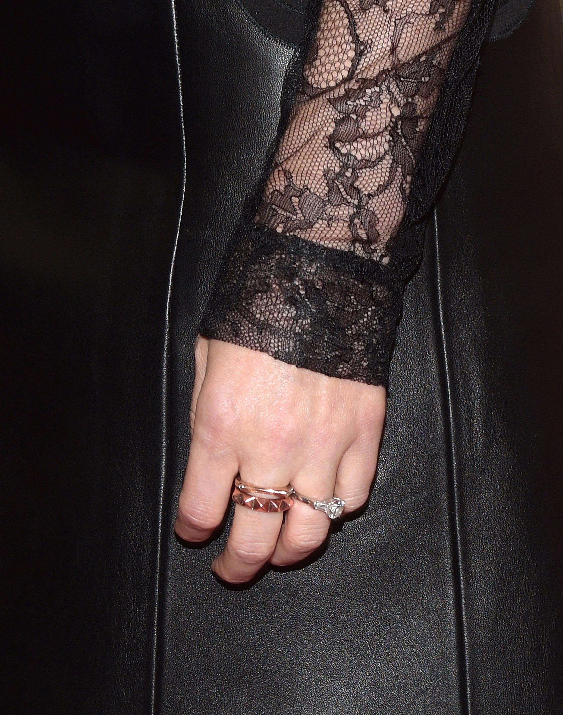 kate mara engagement ring