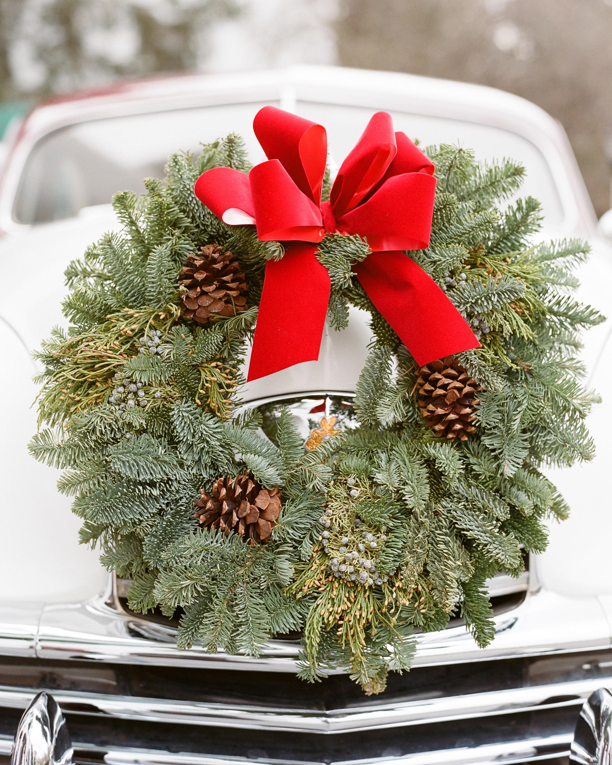 paige-michael-wedding-wreath-0603-s112431-1215.jpg
