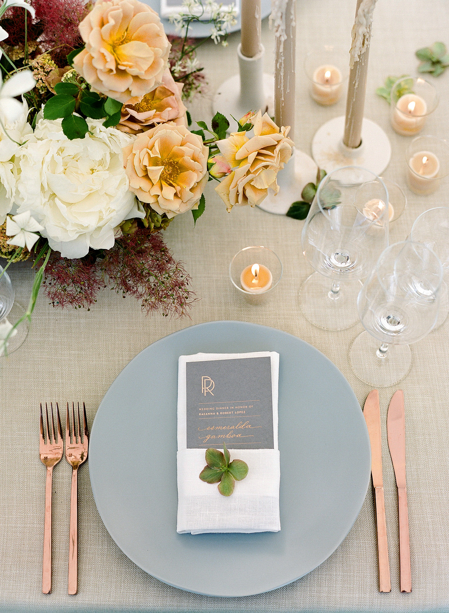 rae rob wedding table place setting