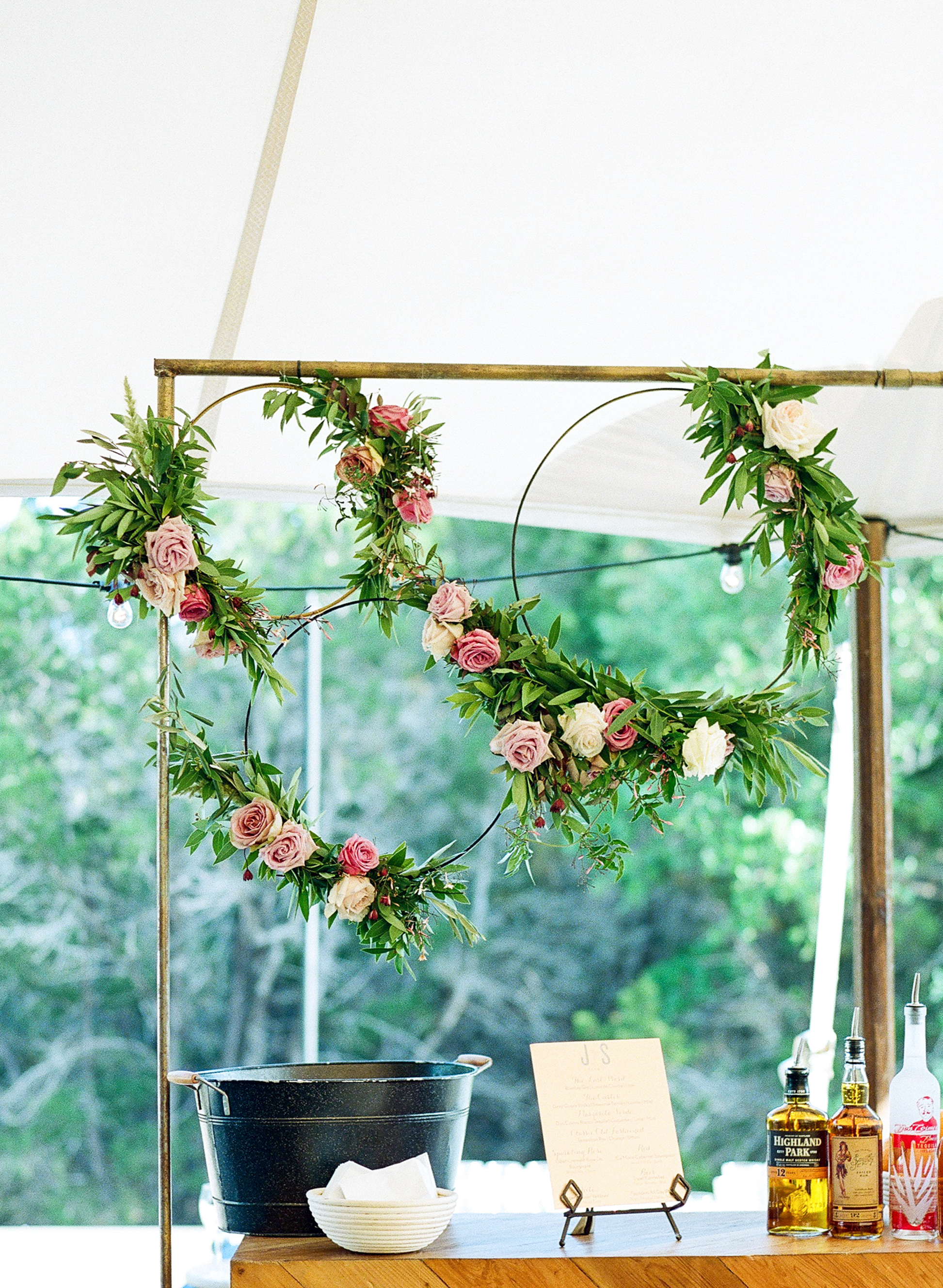 Floral Bar Décor