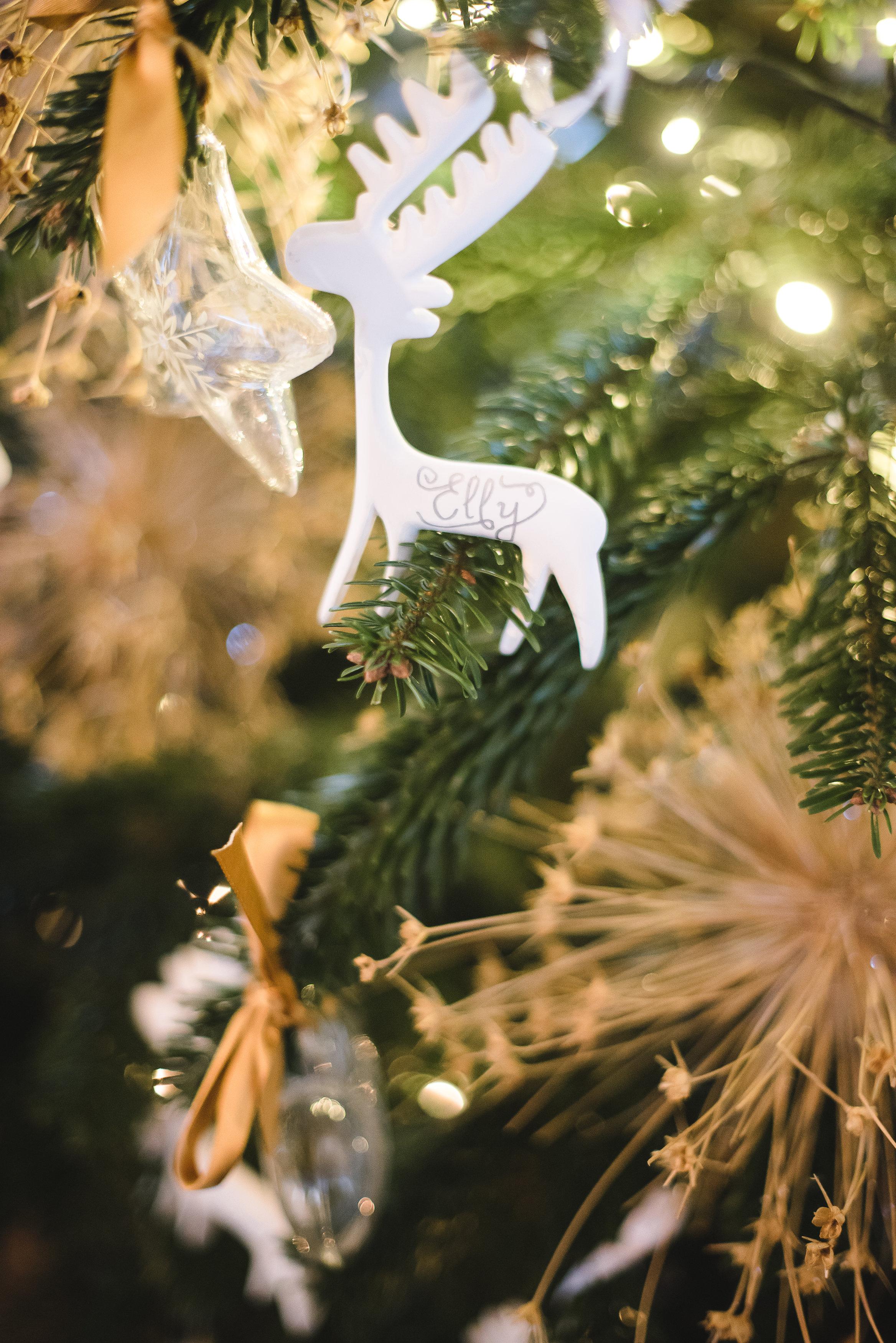 ornament wedding favor