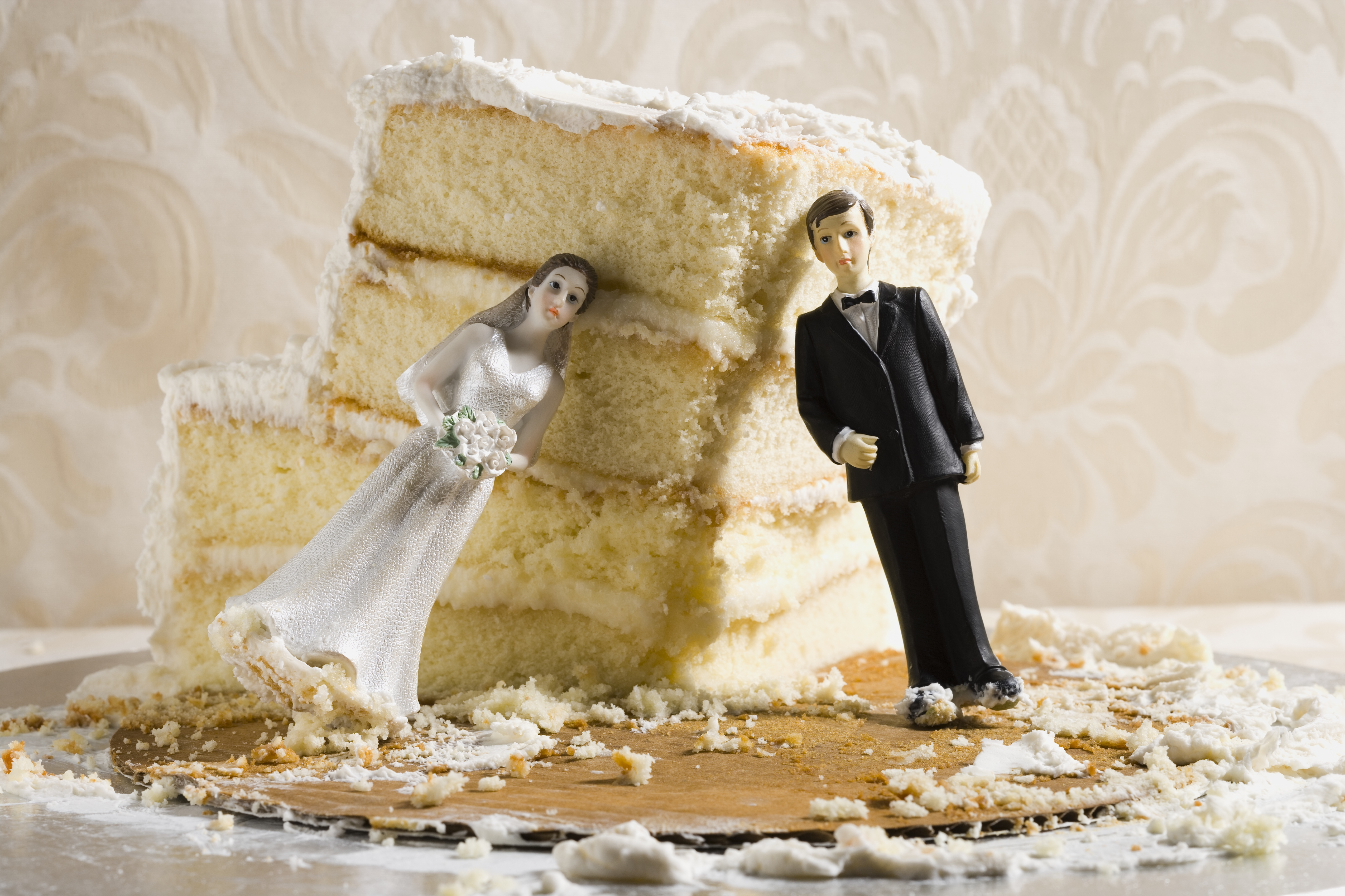 Wedding Cake Disasters