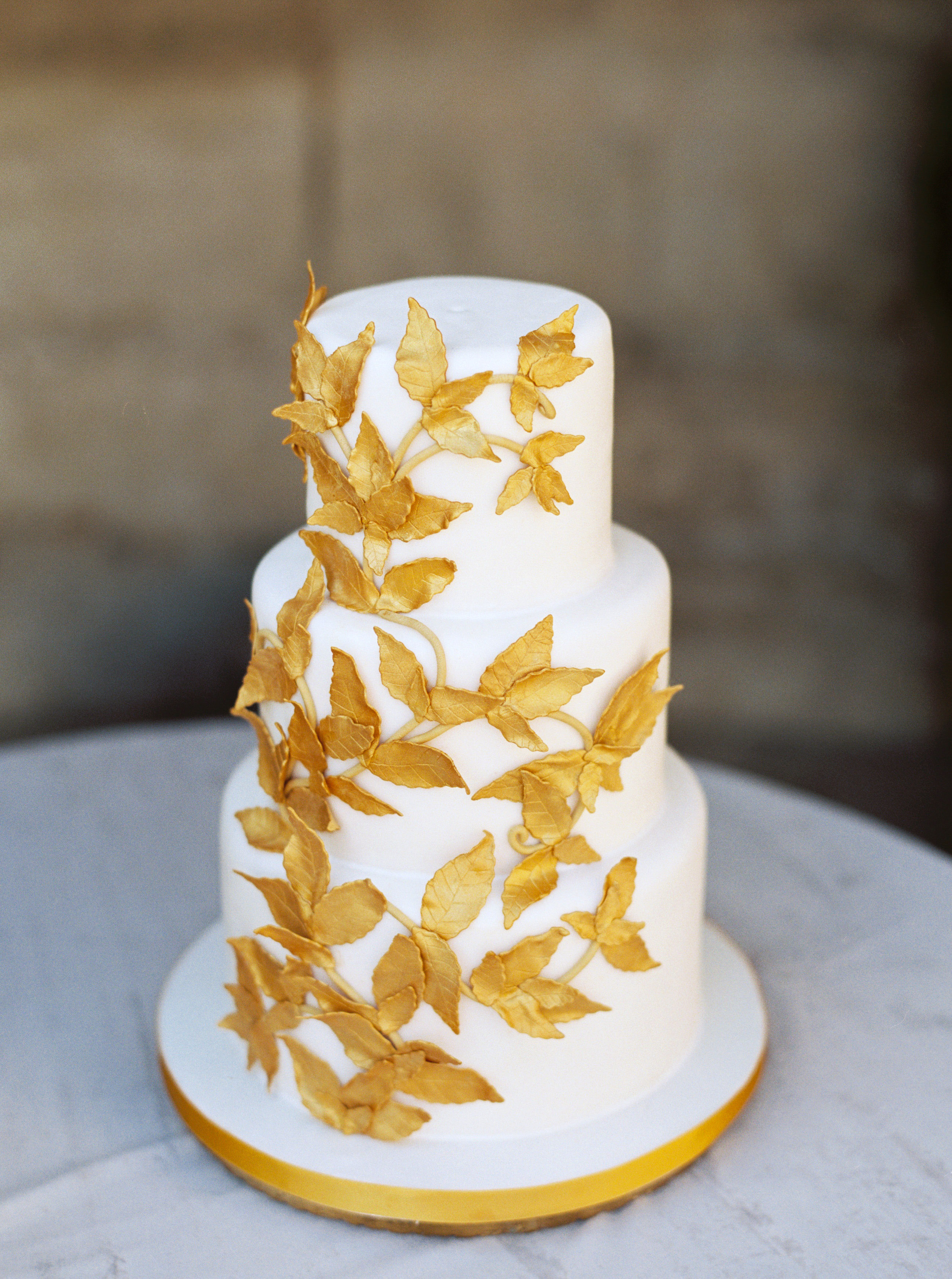 rachael cameron wedding cake