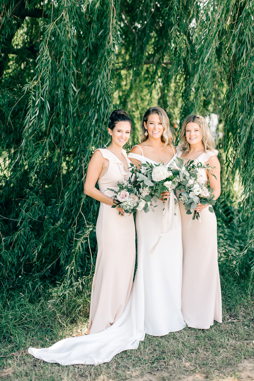 maggie zach wedding bride and bridesmaids
