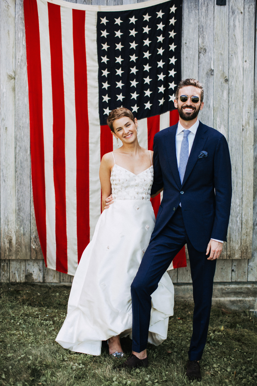 lizzie fortunato wedding photo american flag couple