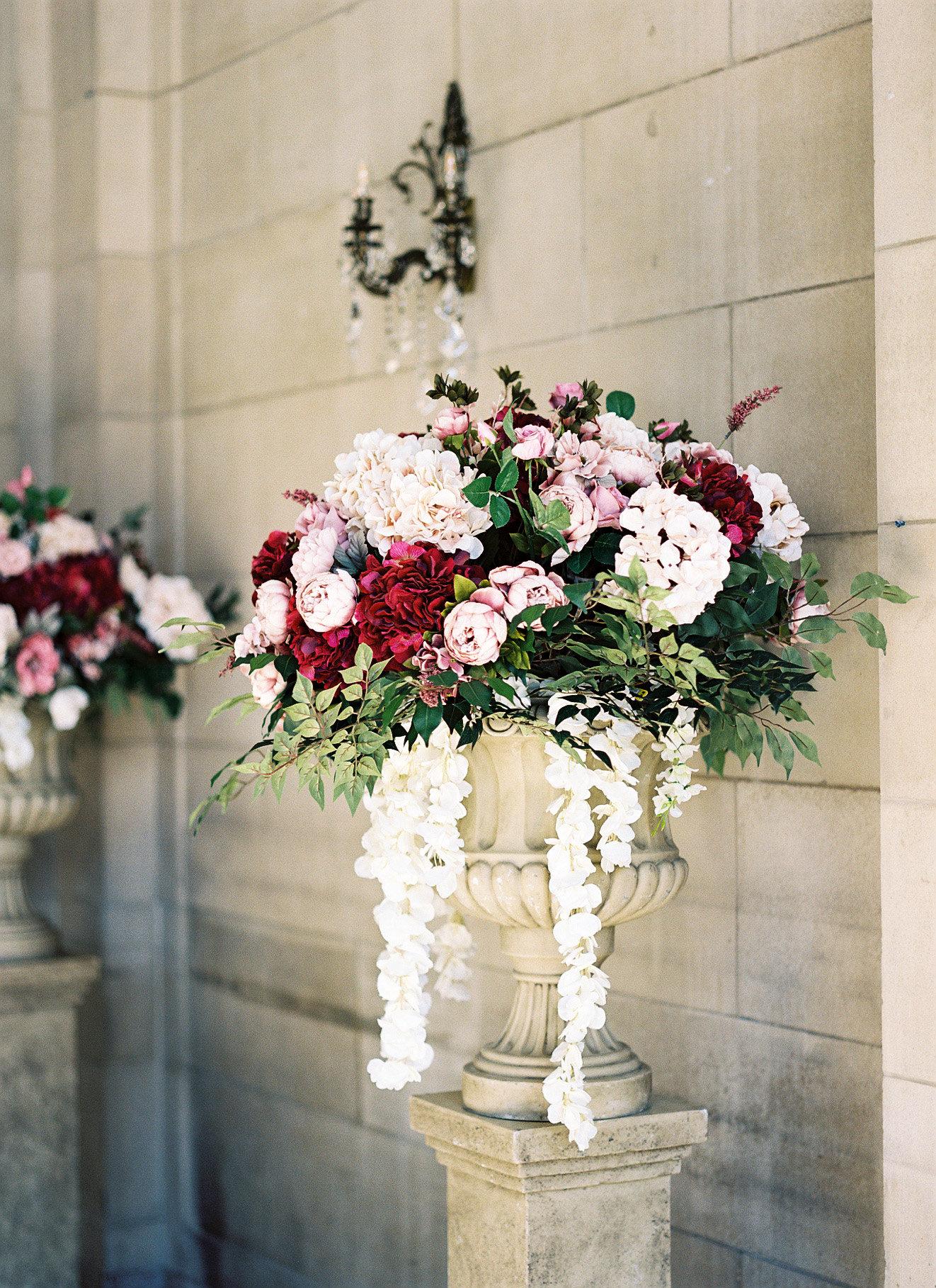 shanice & stephen wedding ceremony flowers