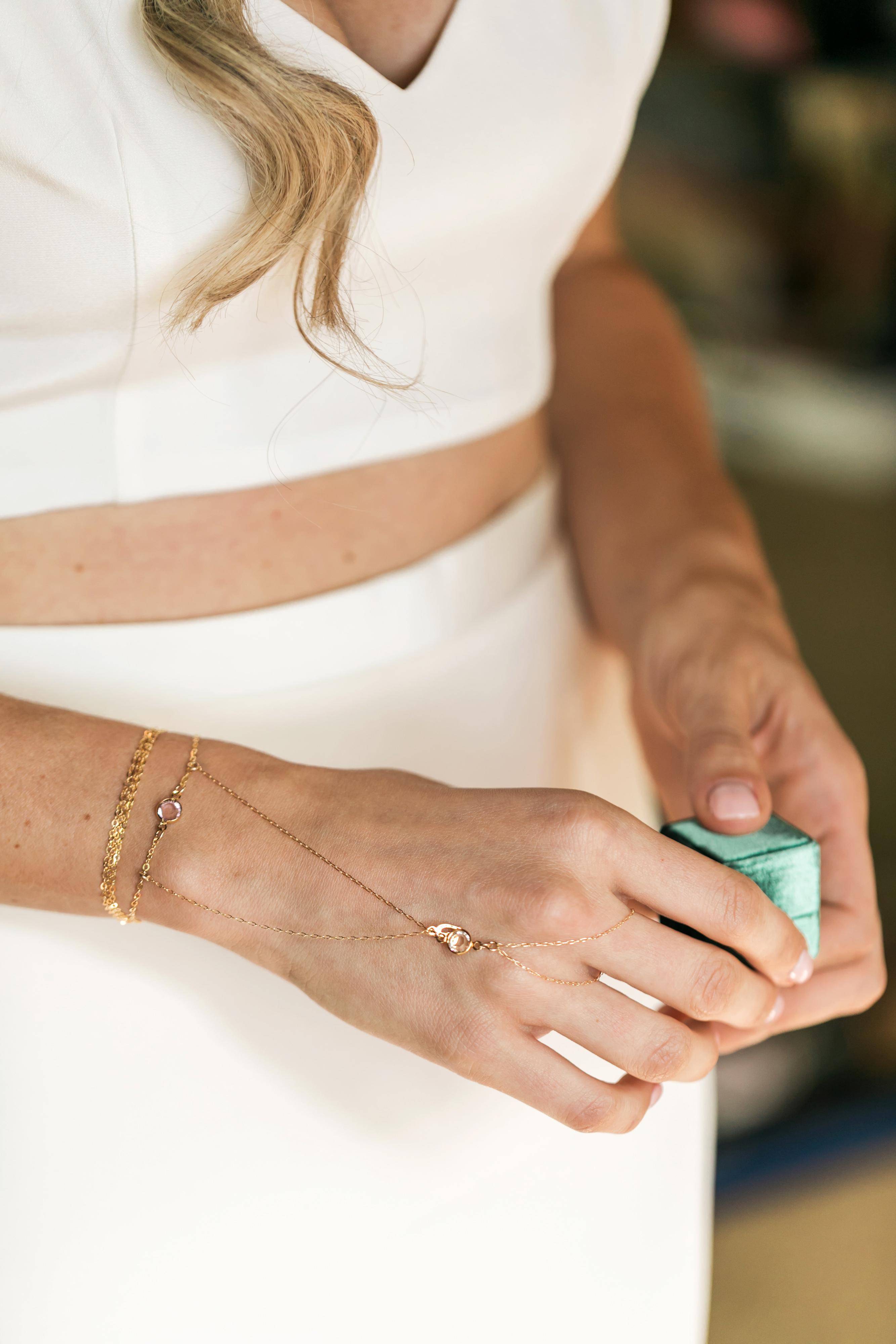 vanessa steven wedding bracelet ring box