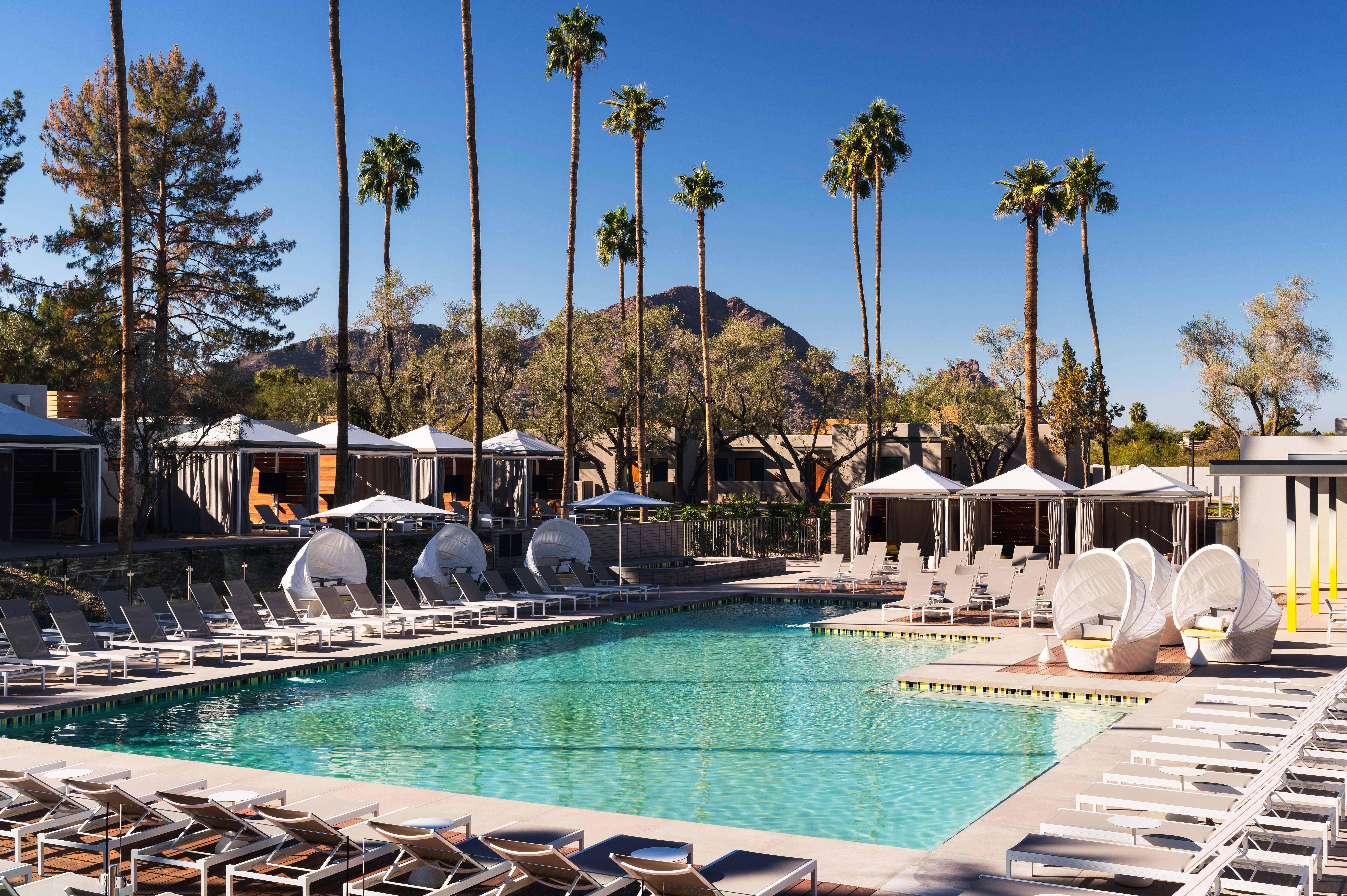 resort pool lounge