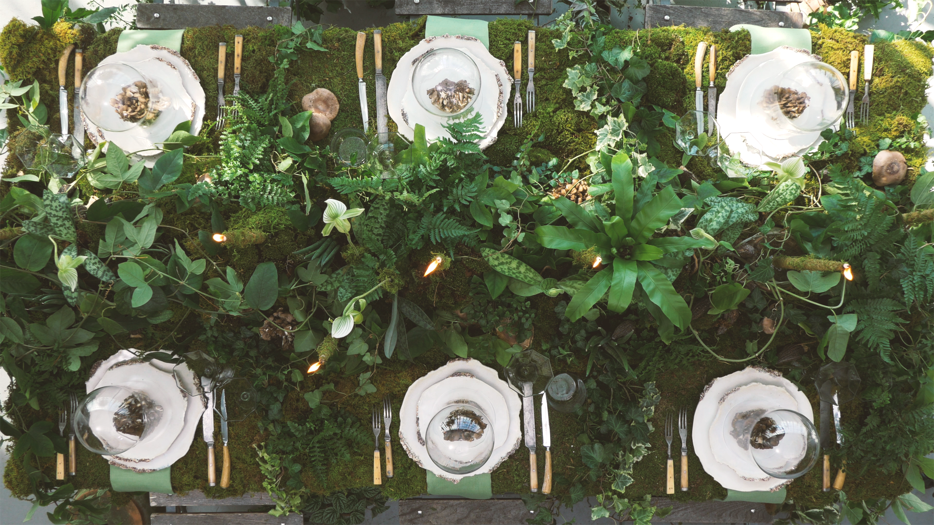 This Natural, Greenhouse-Inspired Tablescape Is Perfect for Any ...