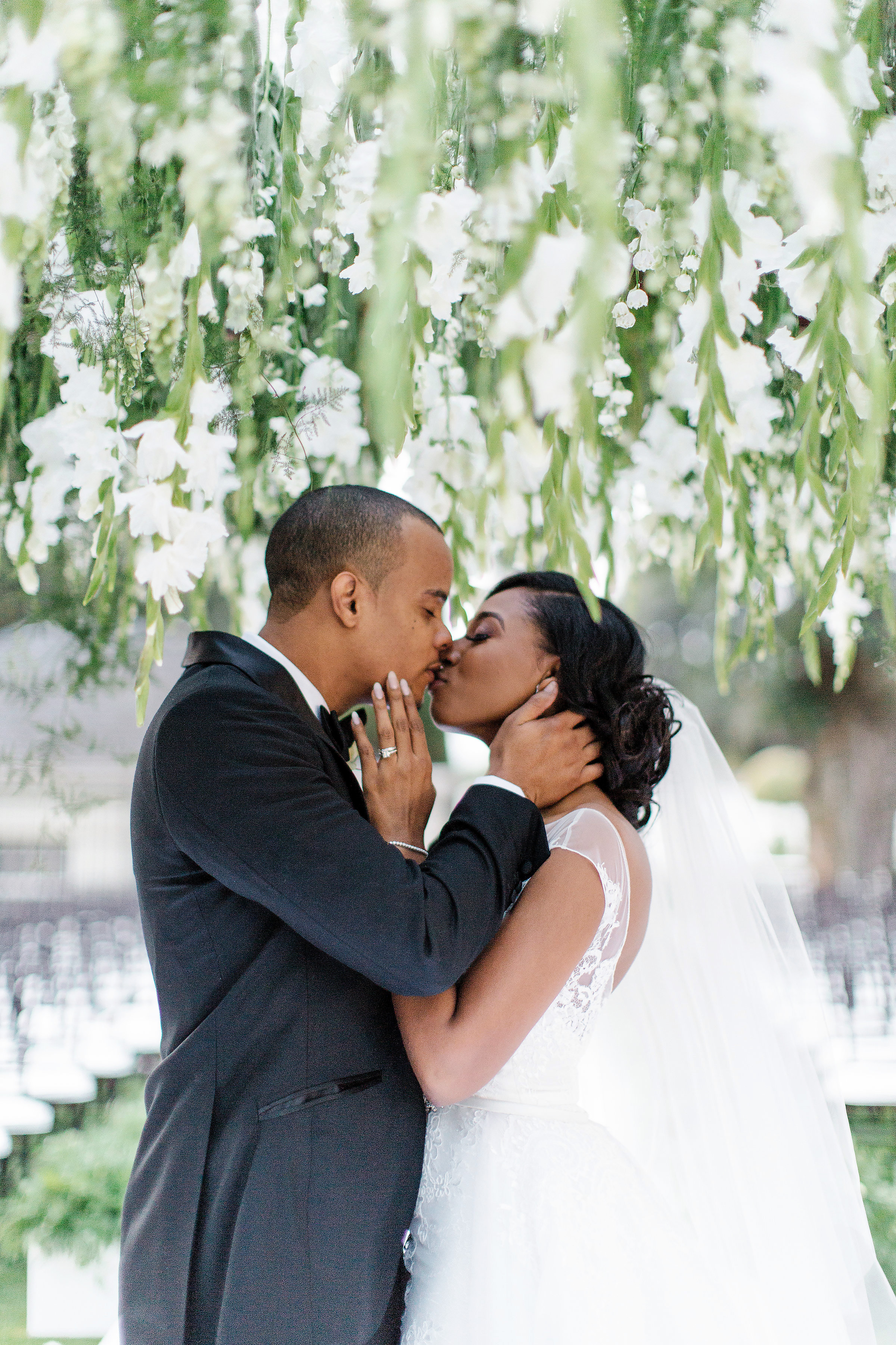 chloe shayo south africa wedding first kiss couple