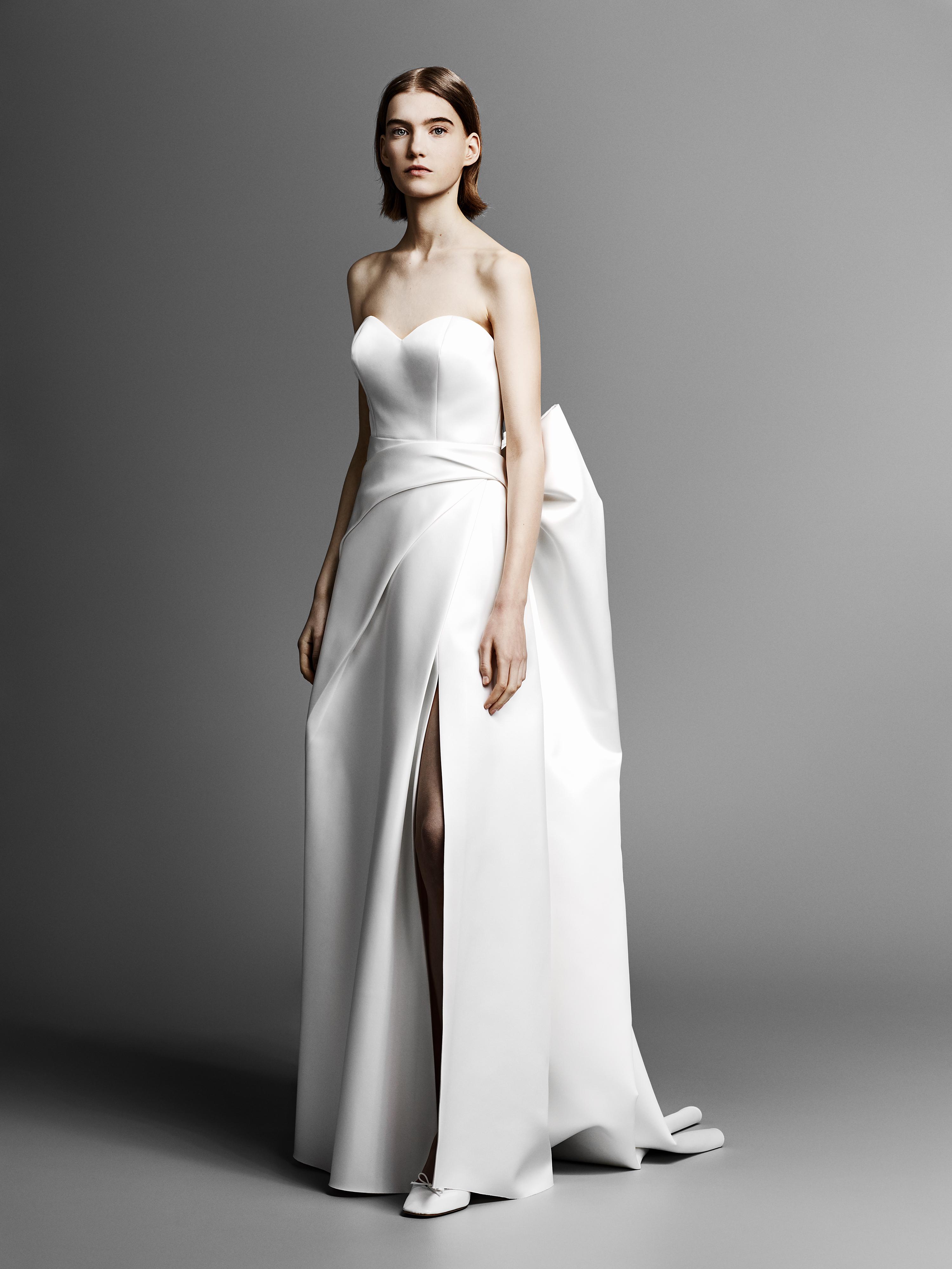 strapless sweetheart viktor rolf wedding dress spring 2019