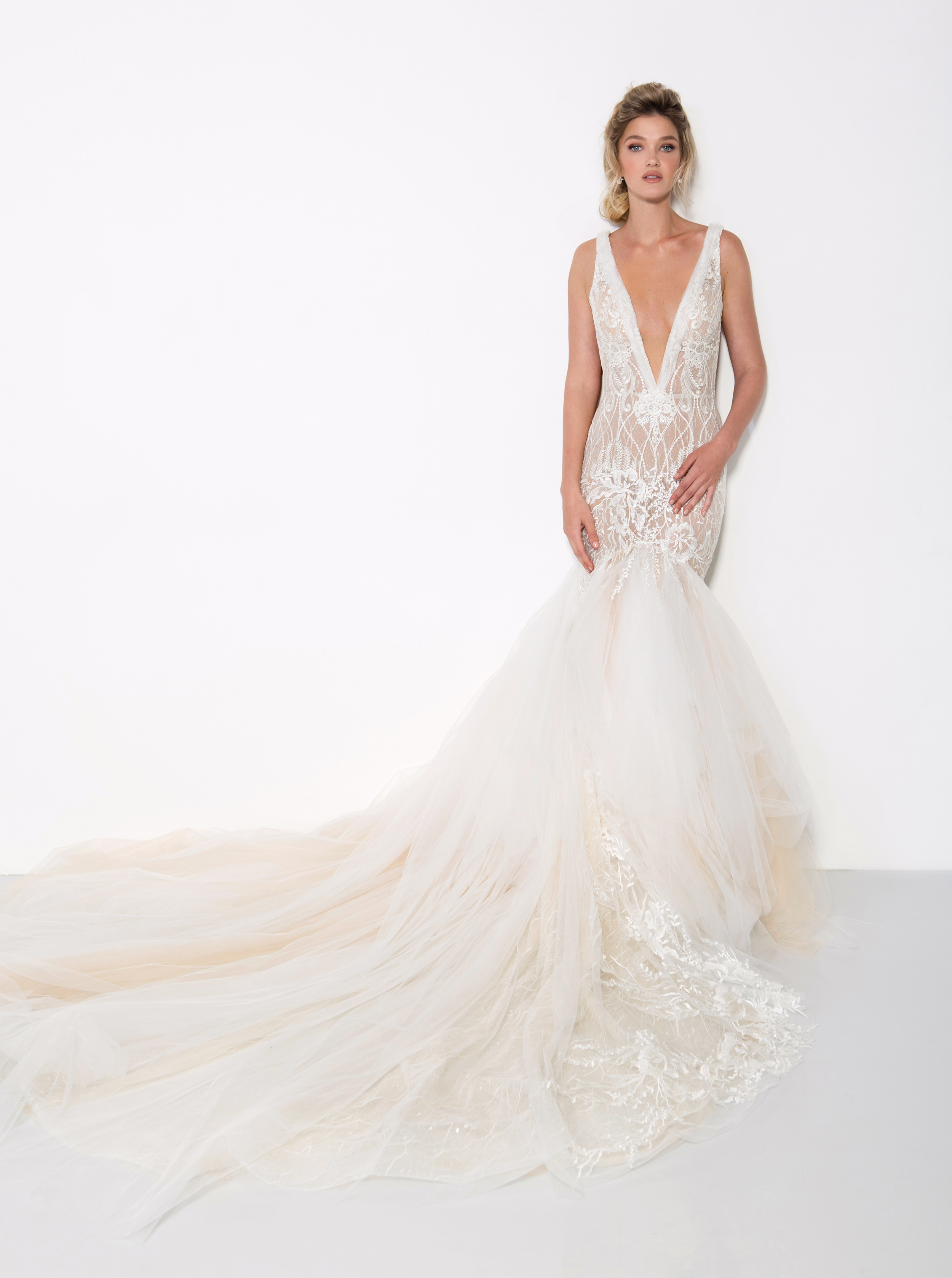 persy wedding dress spring 2019 deep v-neck lace mermaid gown