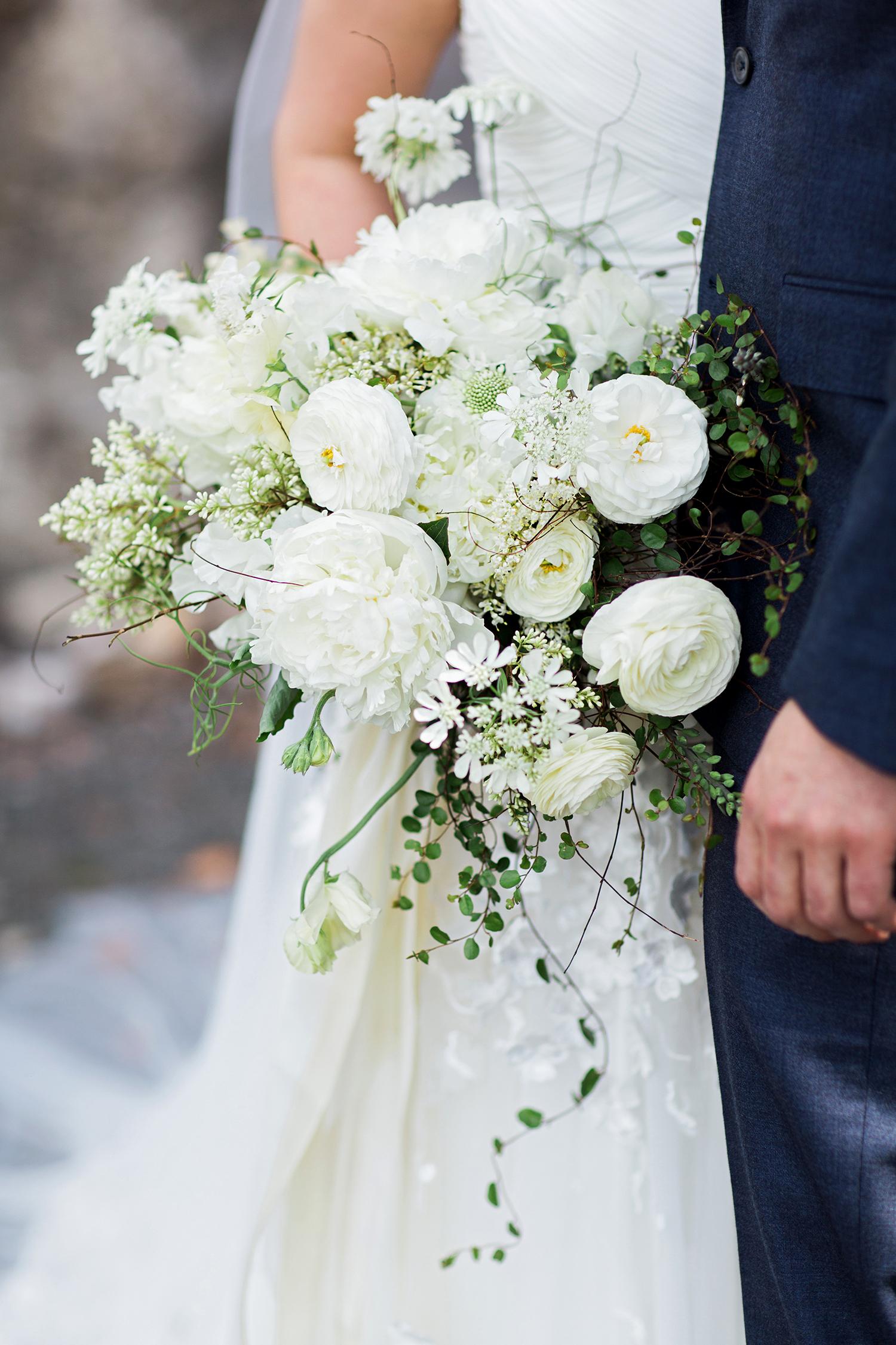 cassandra jason wedding bouquet