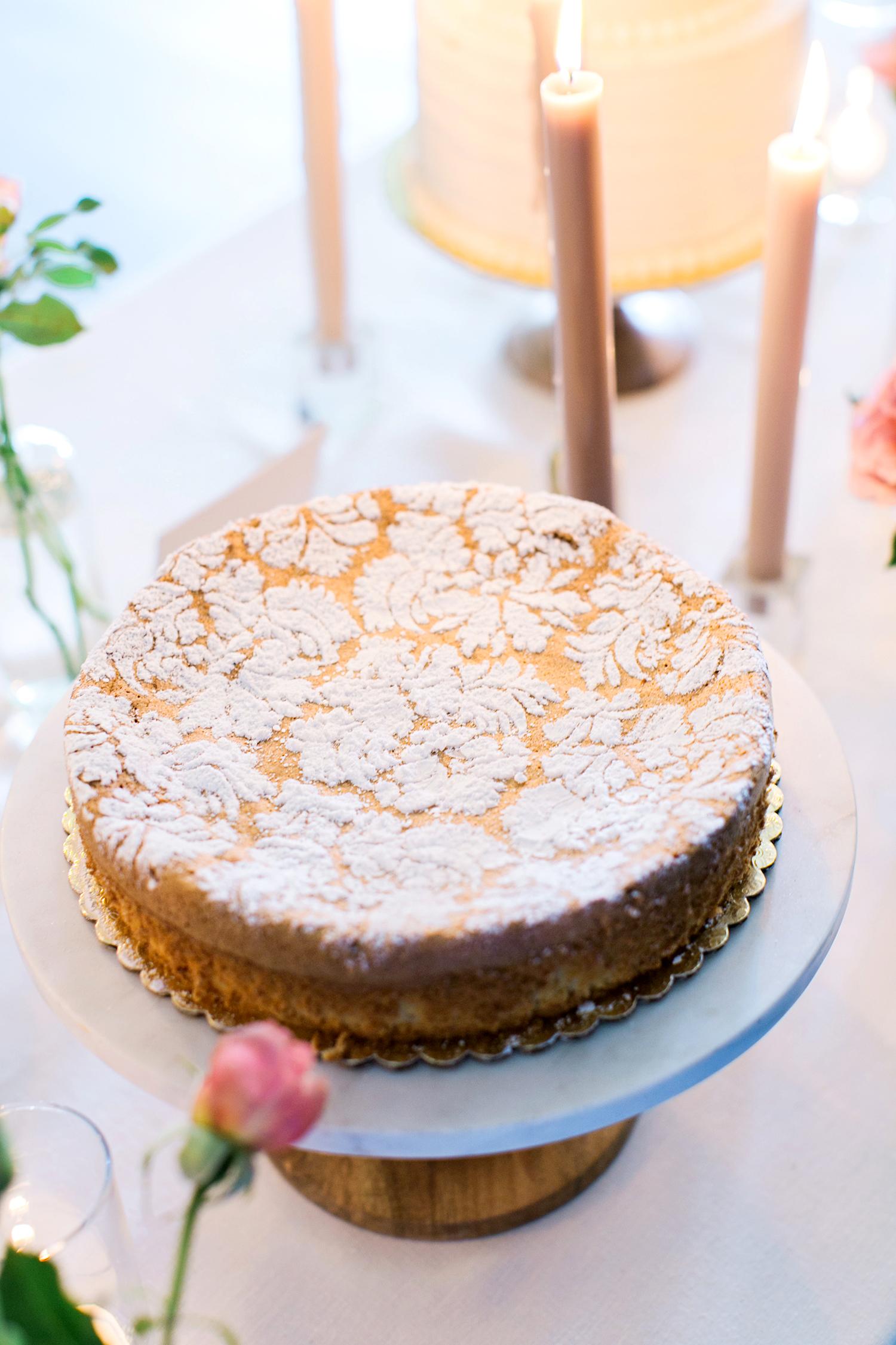 cassandra jason wedding dessert