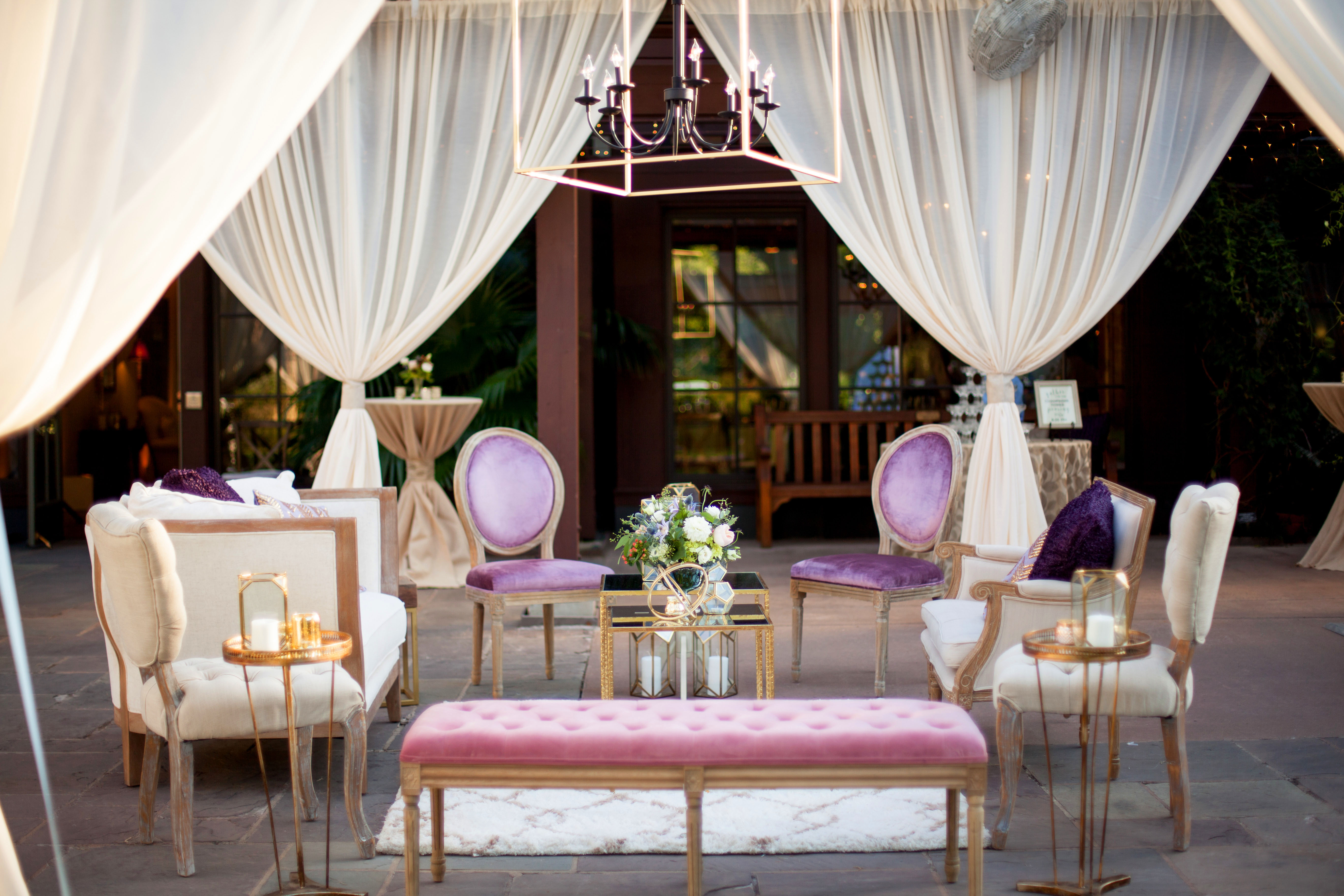 modern wedding romantic lounge area