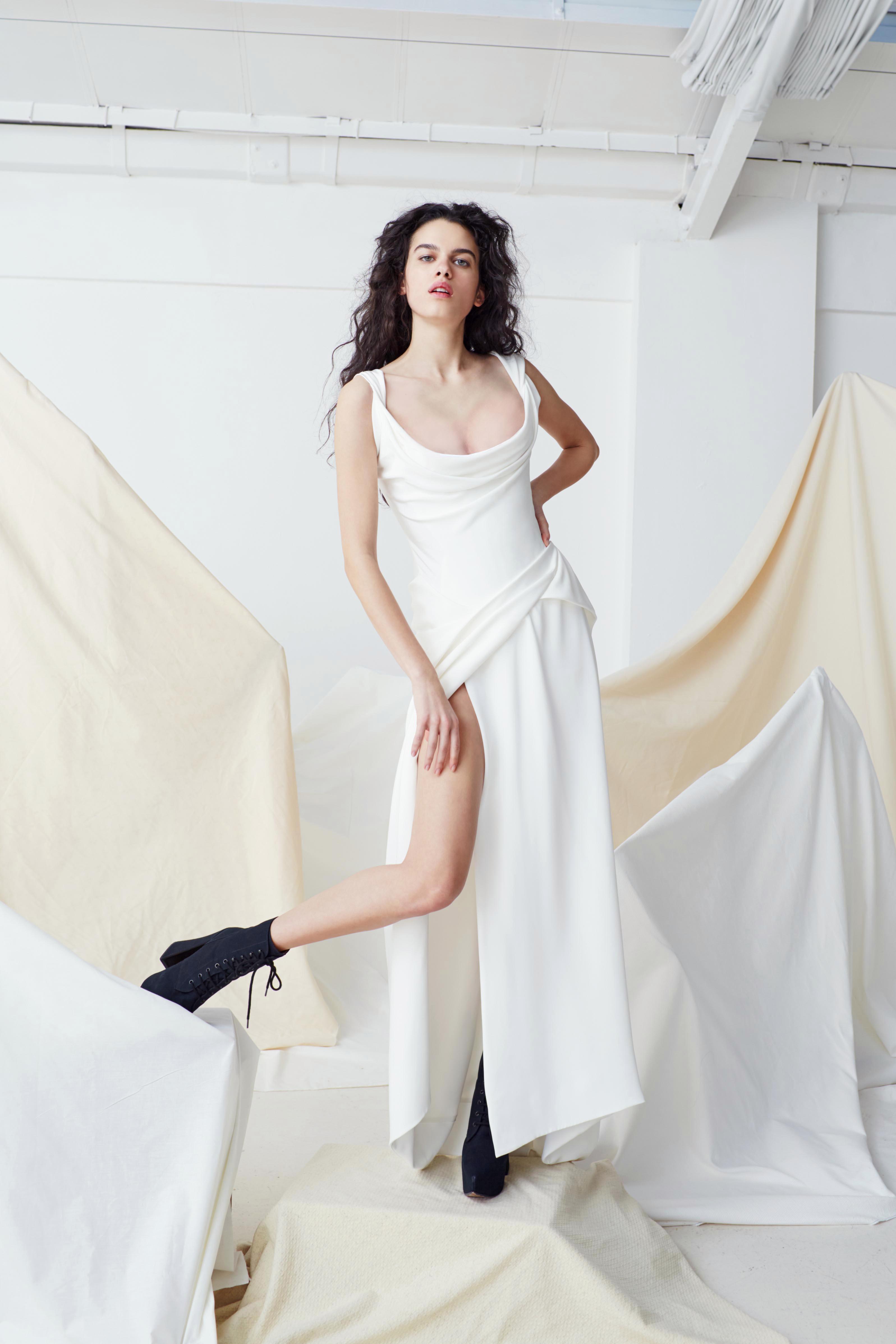 vivienne westwood wedding dress Spring 2019 a-line scoop neck high slit