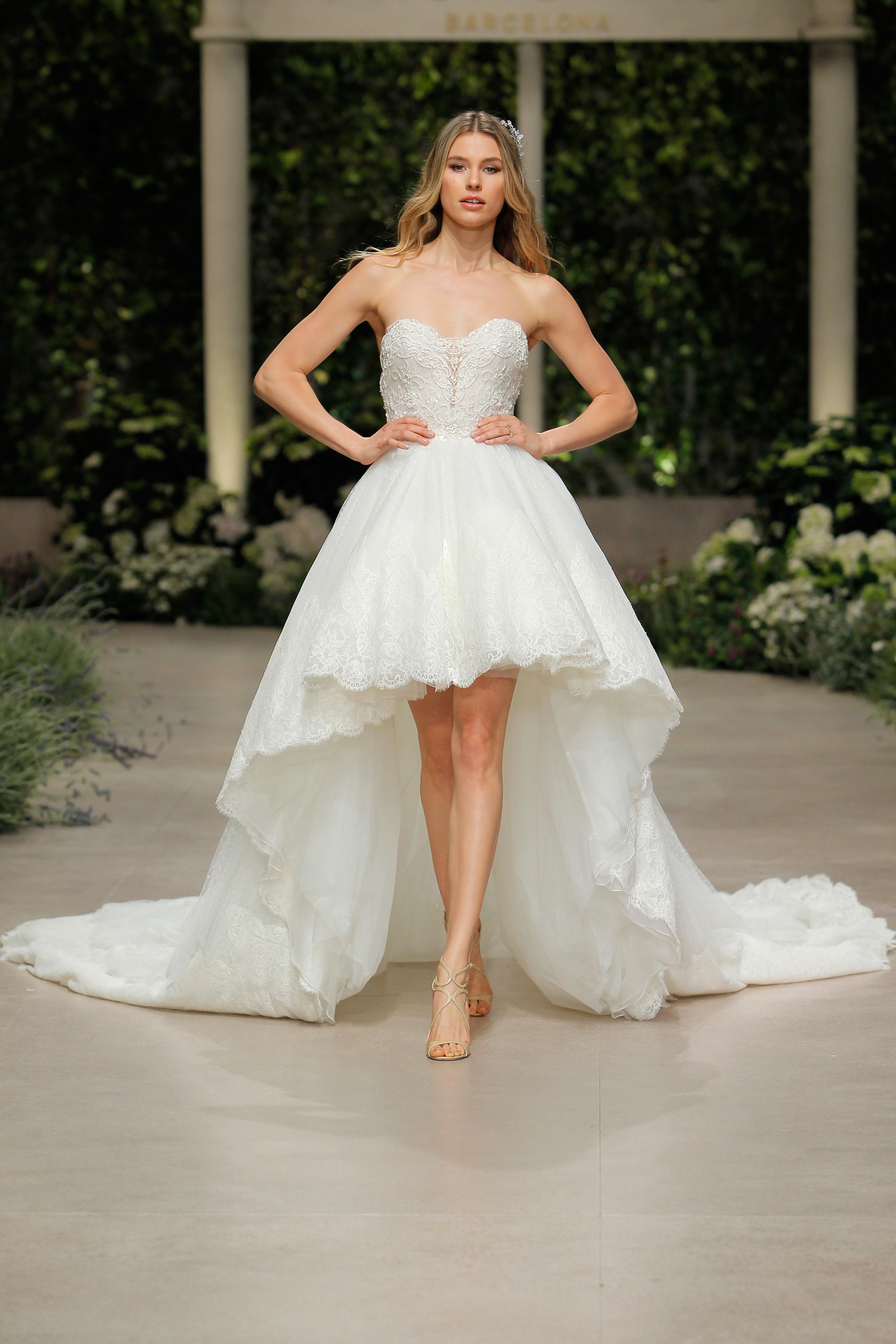 pronovias wedding dress spring 2019 sweetheart sleeveless high-low