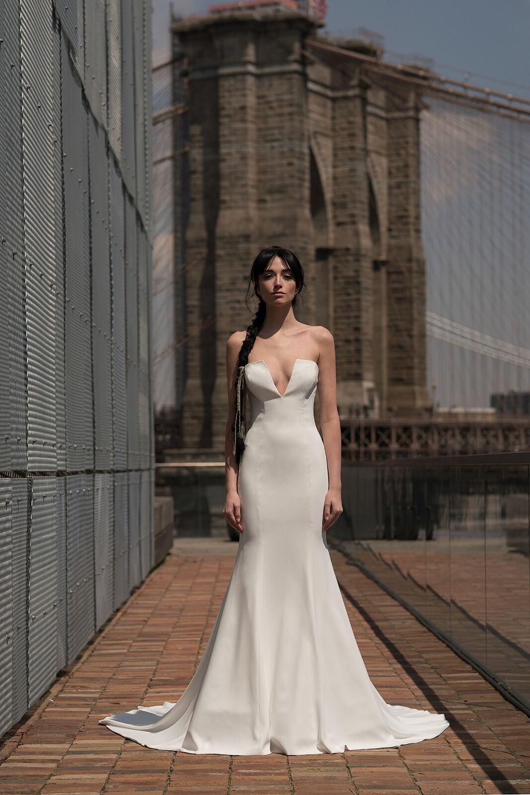 "alyne by rita vinieris ""barton"" wedding dress spring 2019"