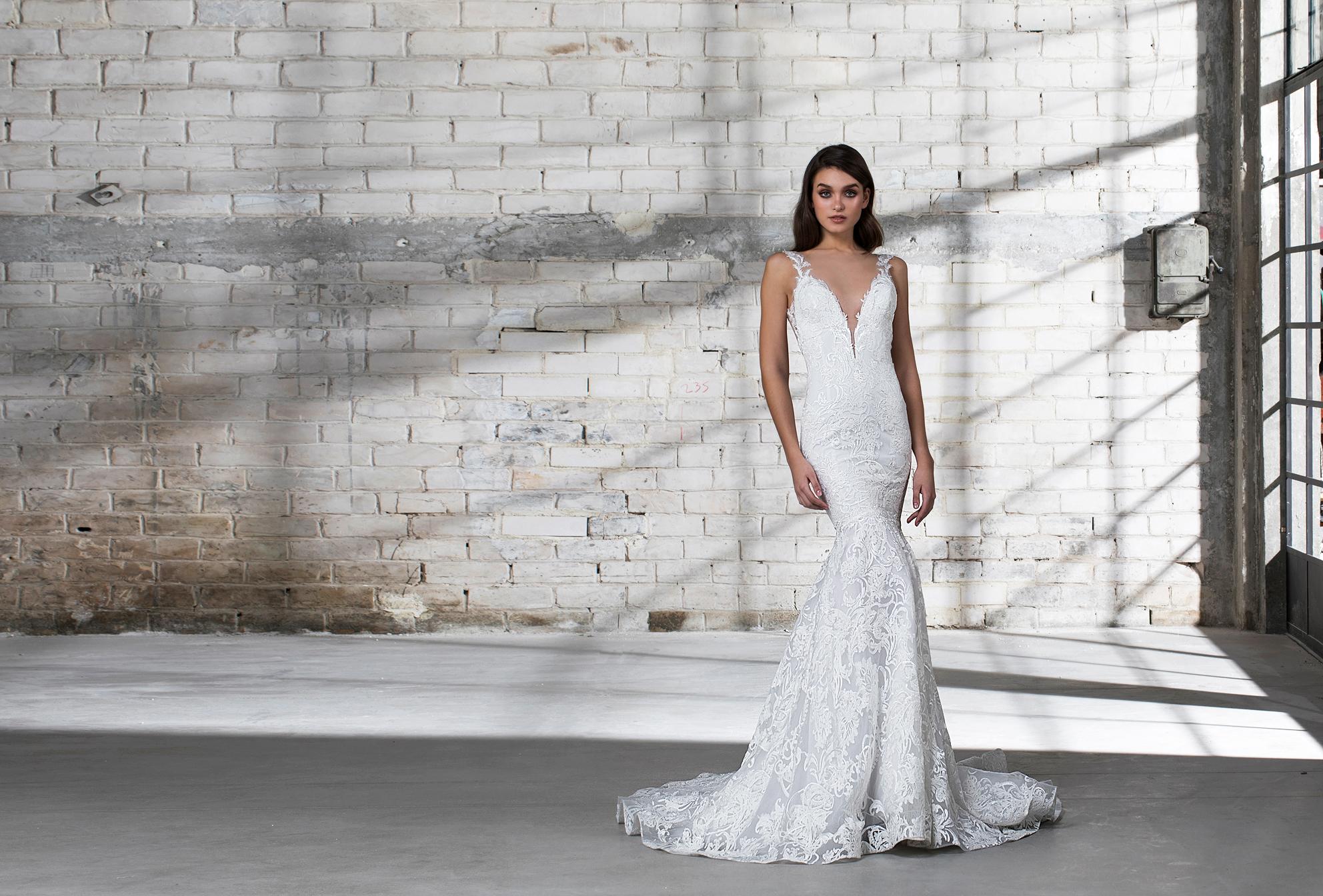 pnina tornai wedding dress spring 2019 deep v lace trumpet