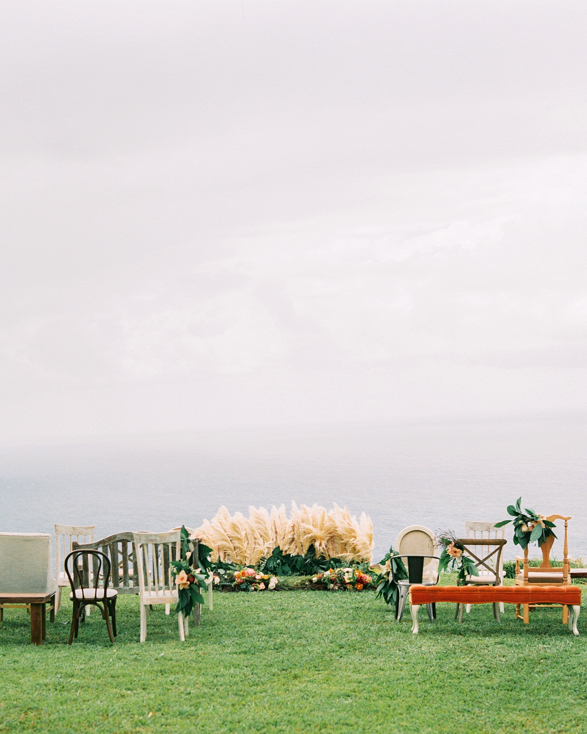 rebecca eryck wedding hawaii cliff ceremony