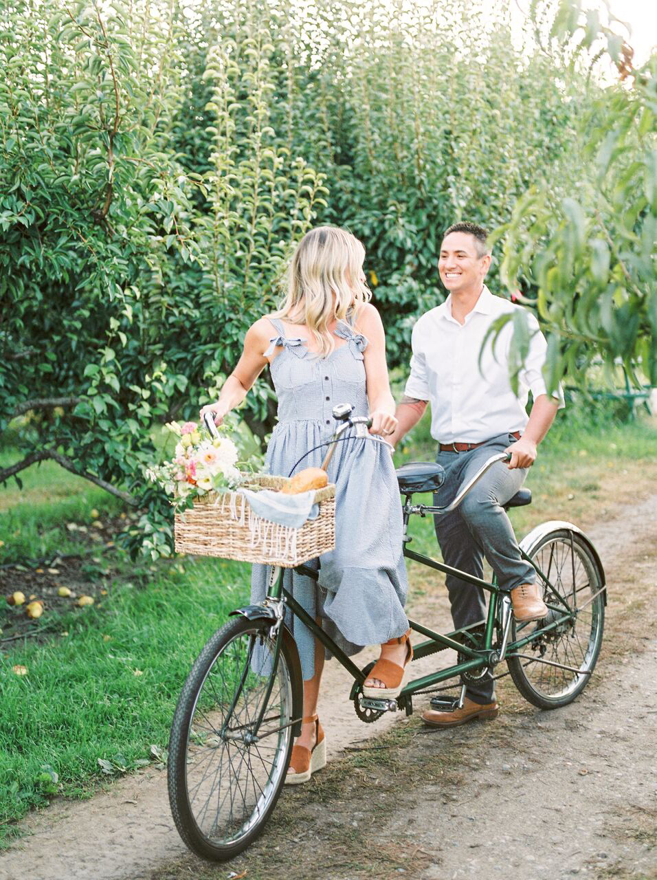 engagement photo ideas jennifer hodder
