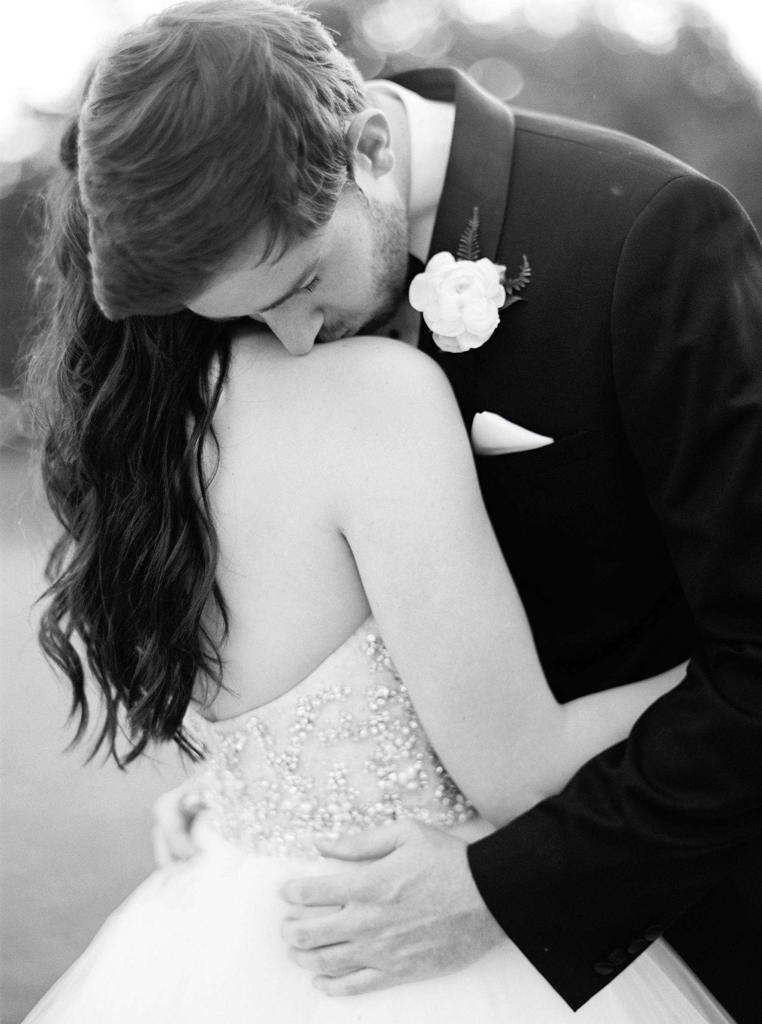 dani jackson wedding couple embrace
