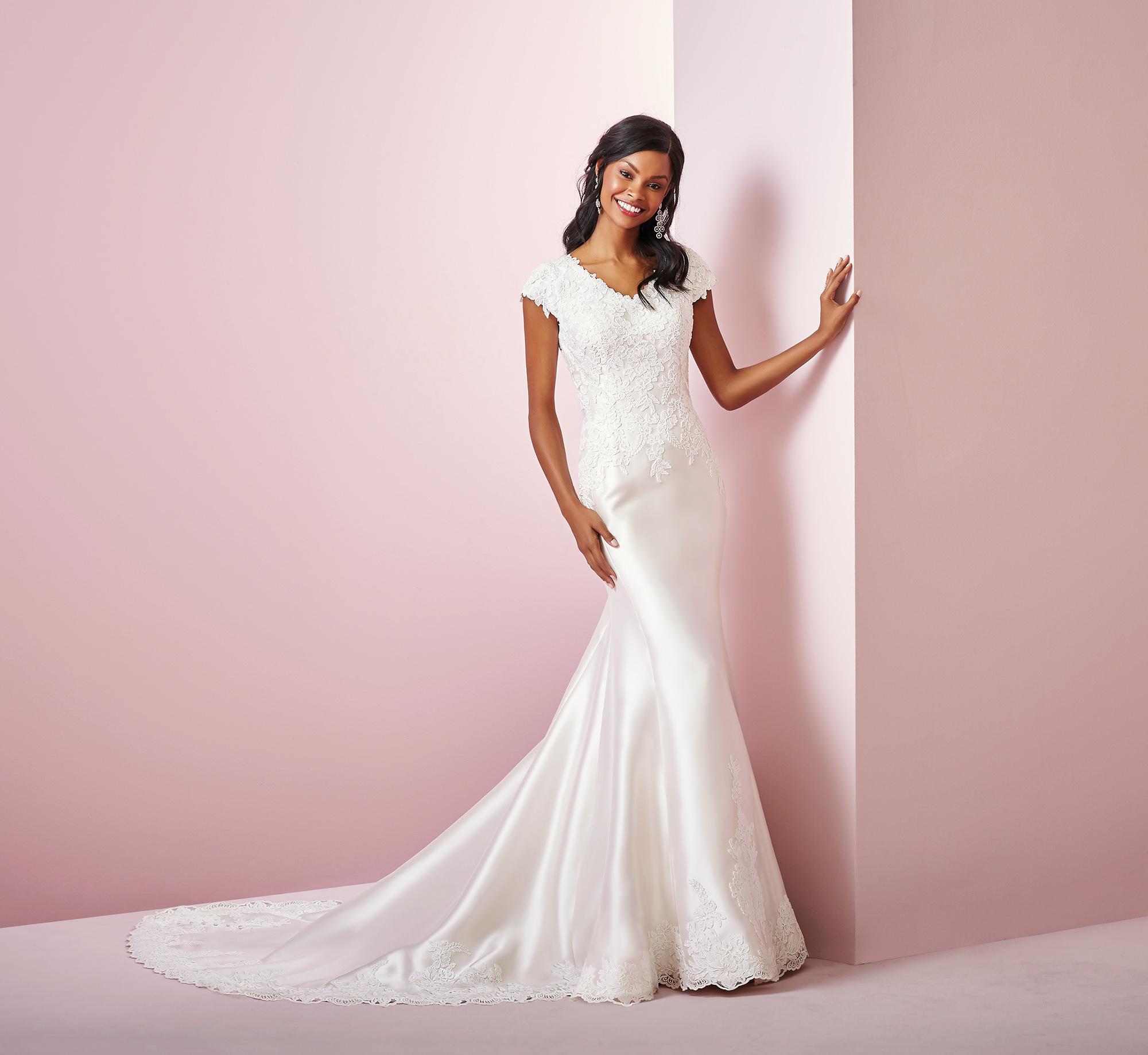 Rebecca Ingram wedding dress spring 2019 sheath short sleeved lace